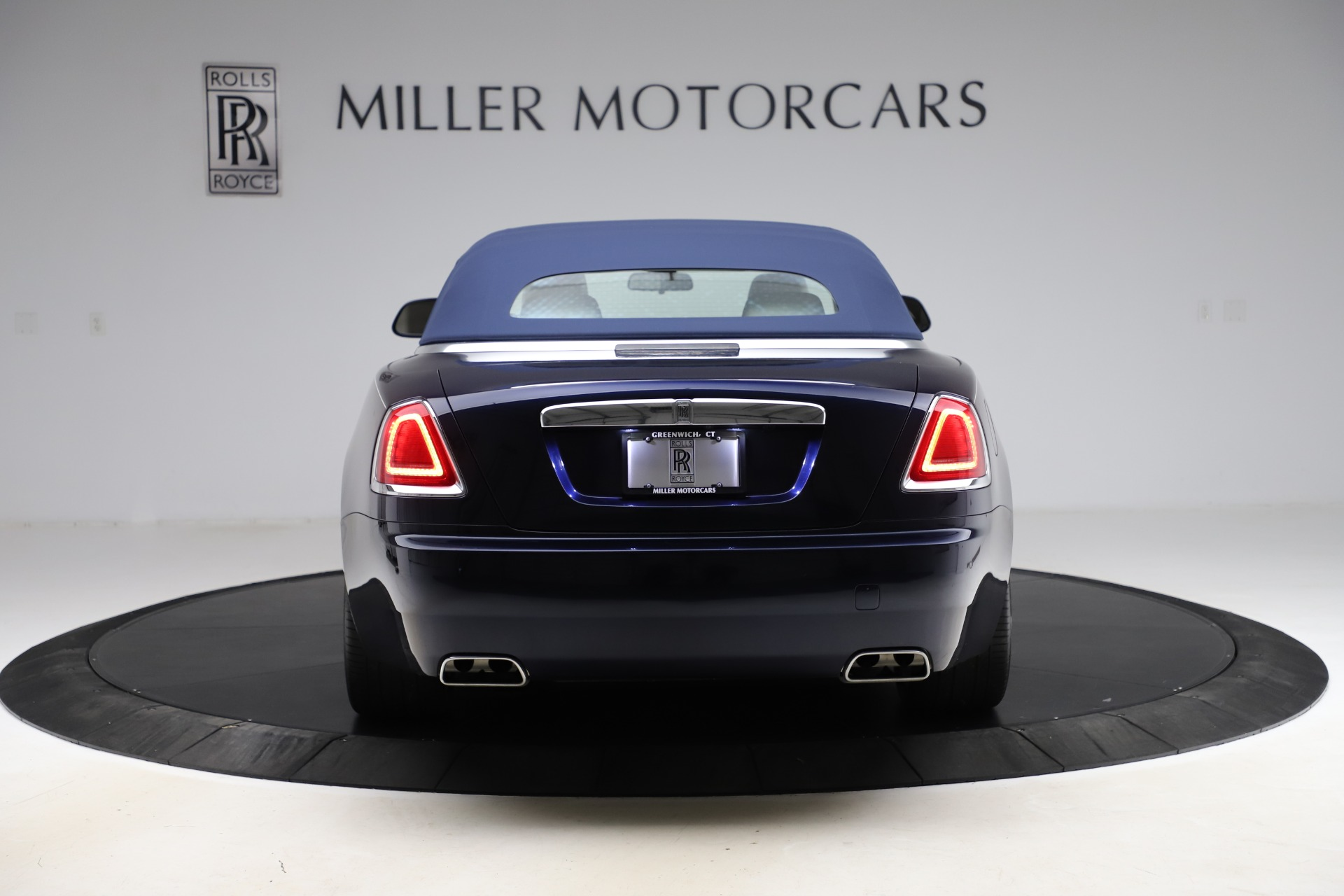 Used 2016 Rolls-Royce Dawn  For Sale In Greenwich, CT 553_p19
