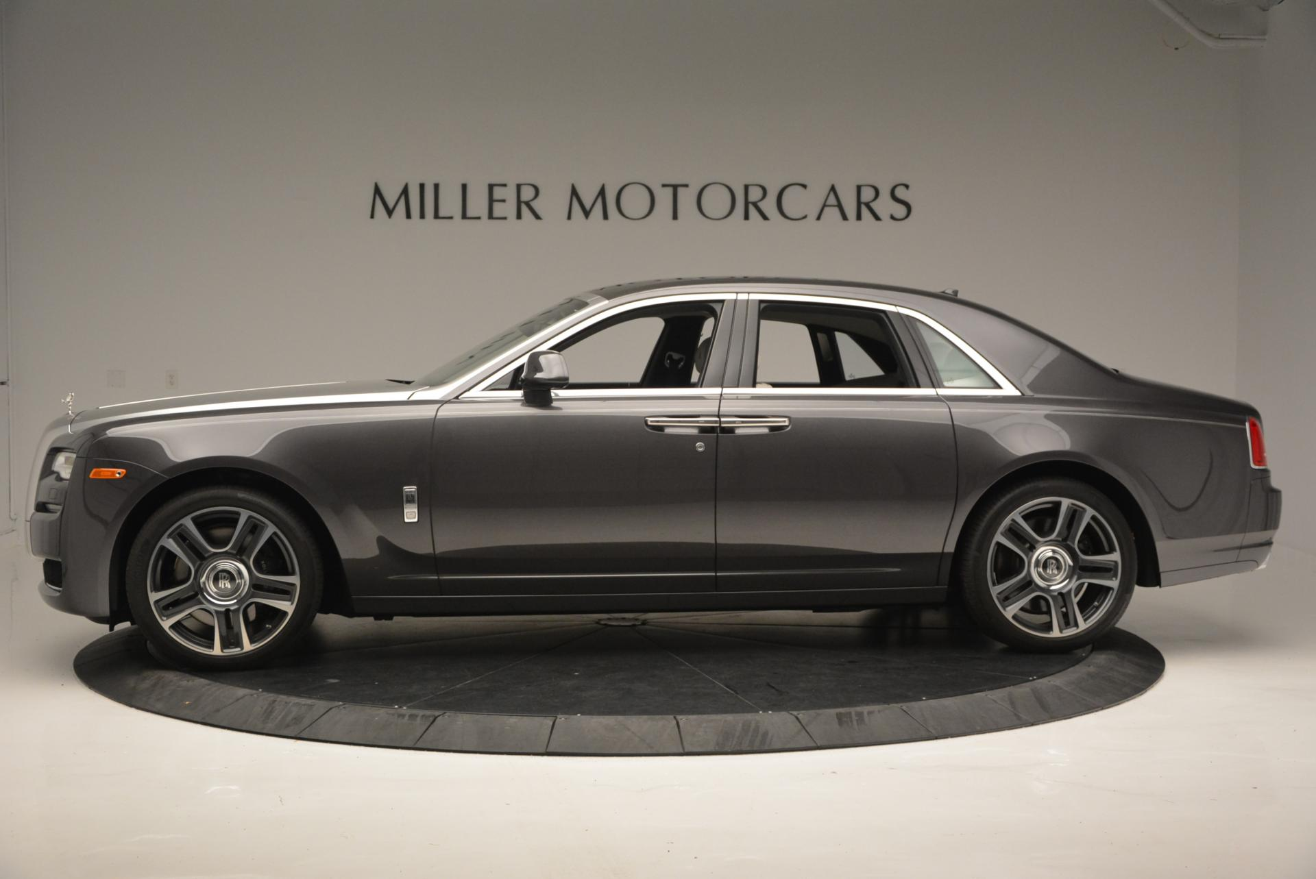 Used 2016 Rolls-Royce Ghost  For Sale In Greenwich, CT 557_p2