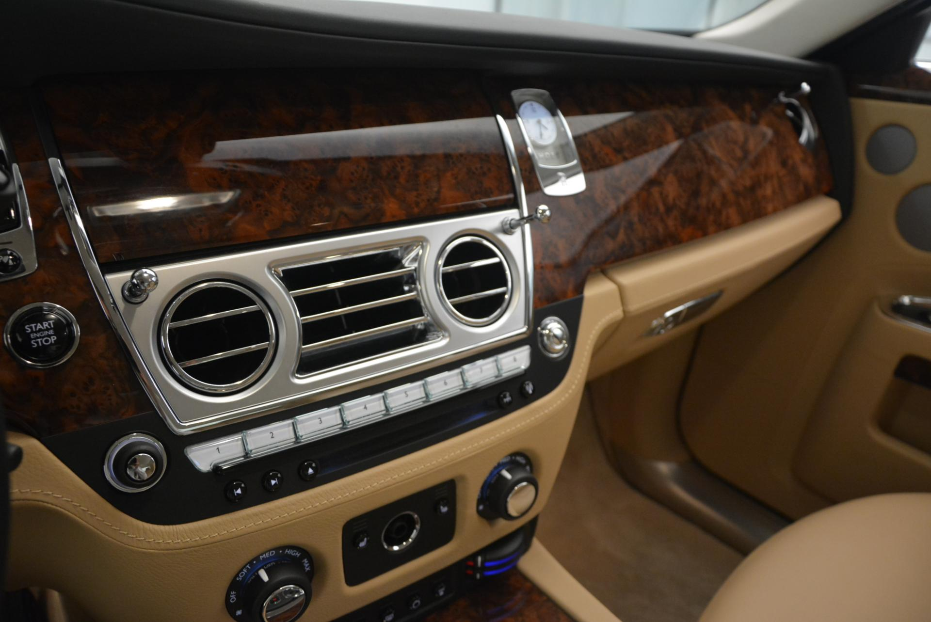 Used 2013 Rolls-Royce Ghost  For Sale In Greenwich, CT 558_p18