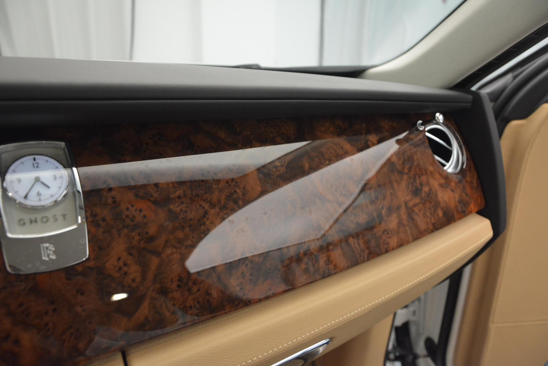 Used 2013 Rolls-Royce Ghost  For Sale In Greenwich, CT 558_p21