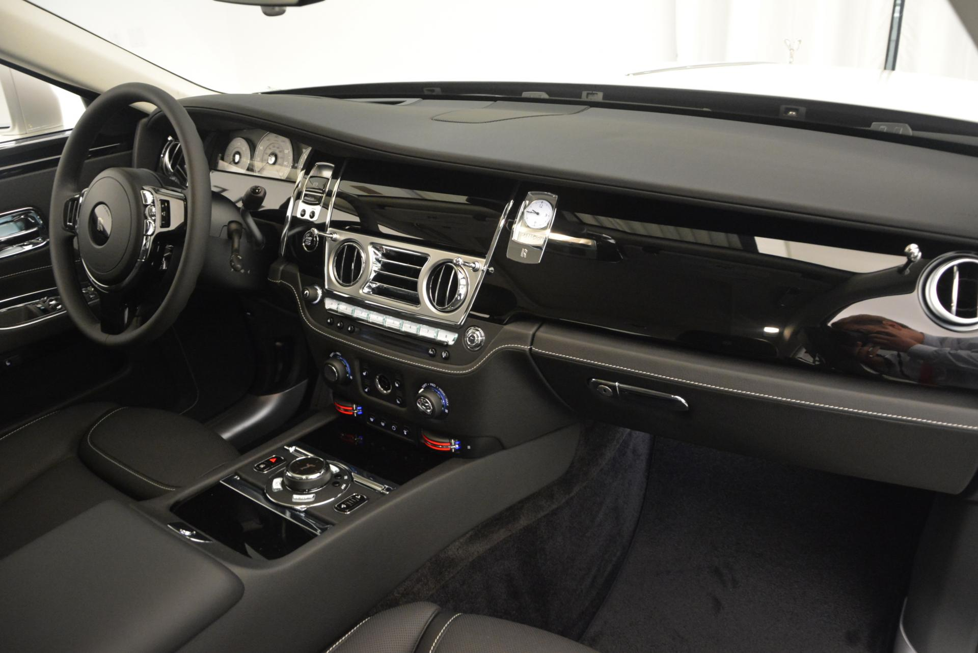 Used 2017 Rolls-Royce Ghost  For Sale In Greenwich, CT 560_p31