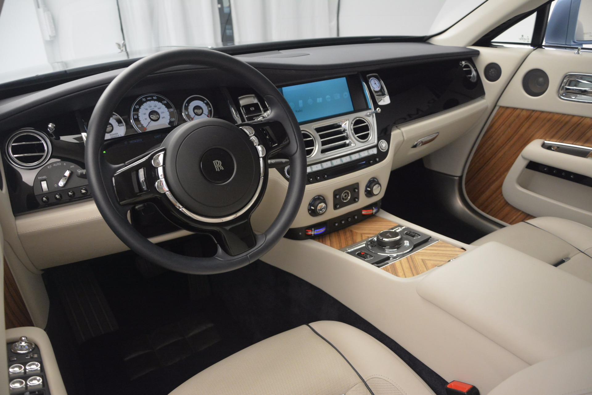 Used 2015 Rolls-Royce Wraith  For Sale In Greenwich, CT 563_p25