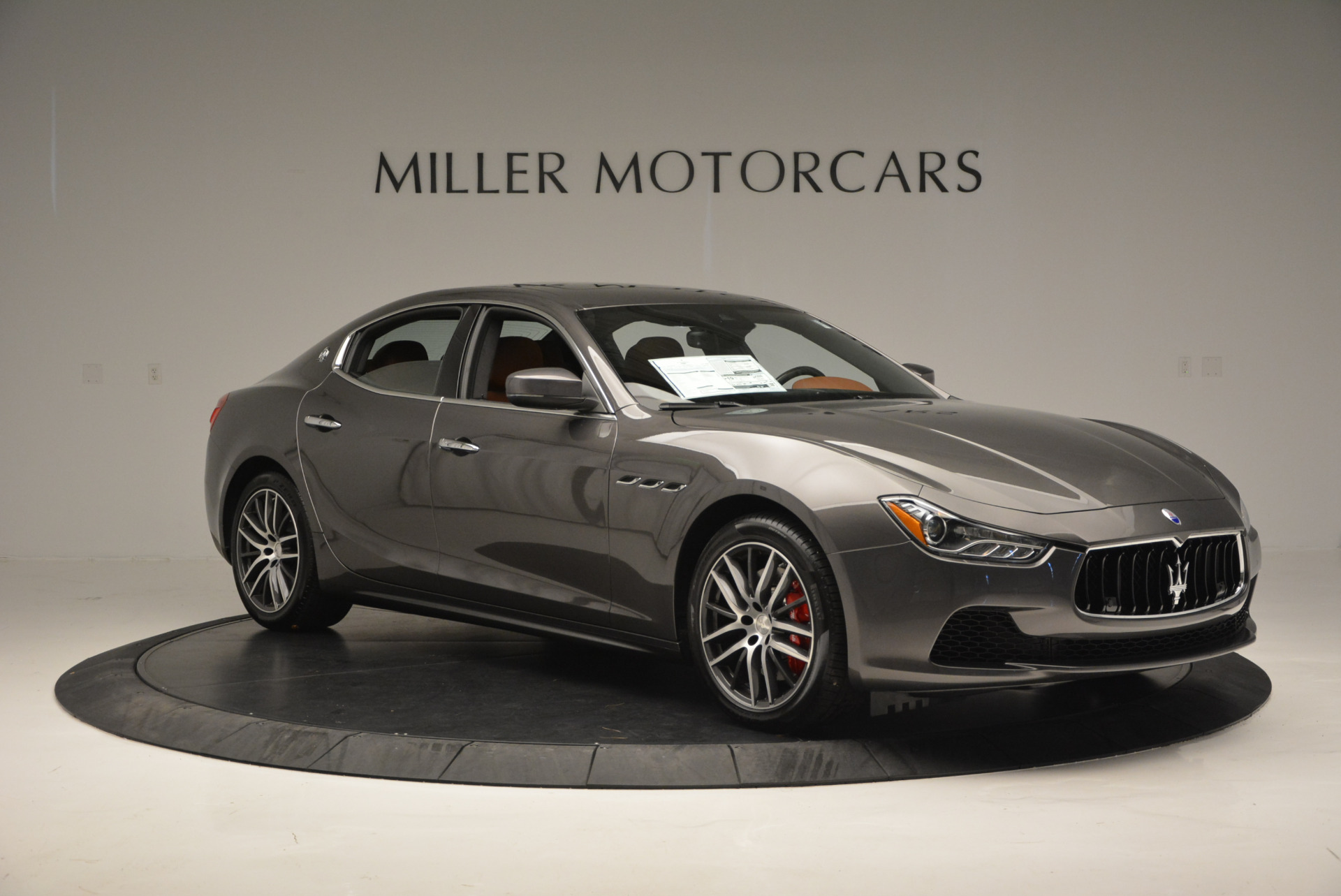 Used 2017 Maserati Ghibli S Q4  EX-LOANER For Sale In Greenwich, CT 565_p11
