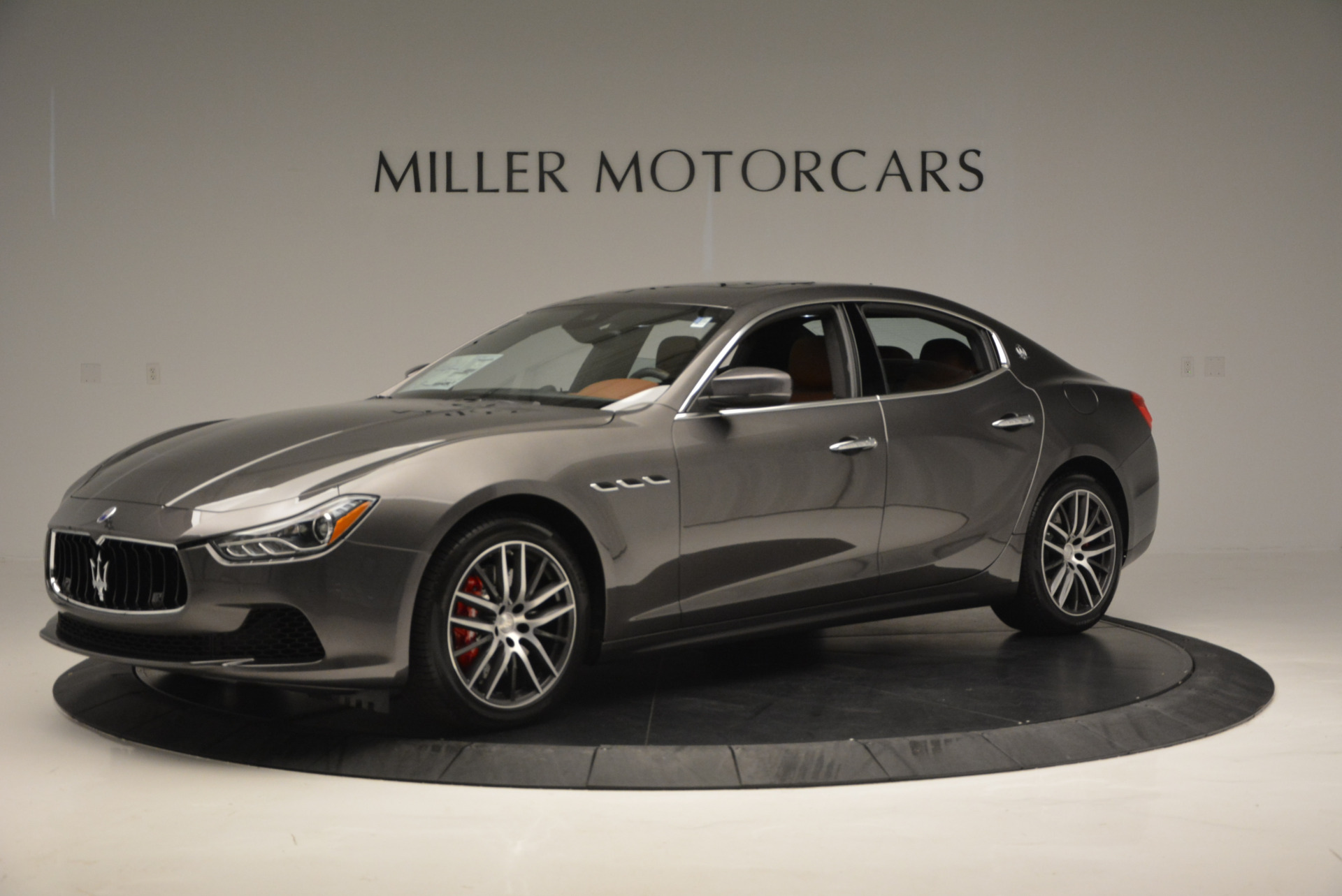 Used 2017 Maserati Ghibli S Q4  EX-LOANER For Sale In Greenwich, CT 565_p2