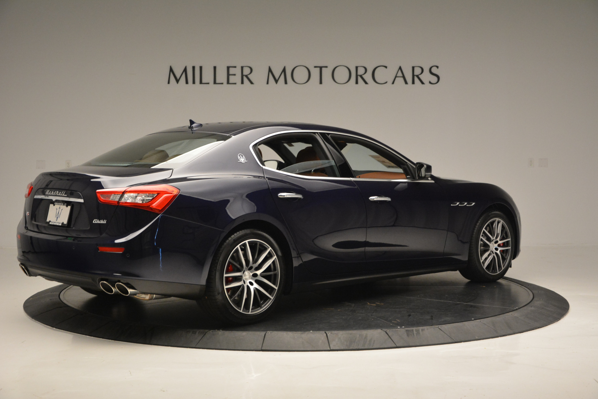 Used 2017 Maserati Ghibli S Q4 - EX Loaner For Sale In Greenwich, CT 567_p8