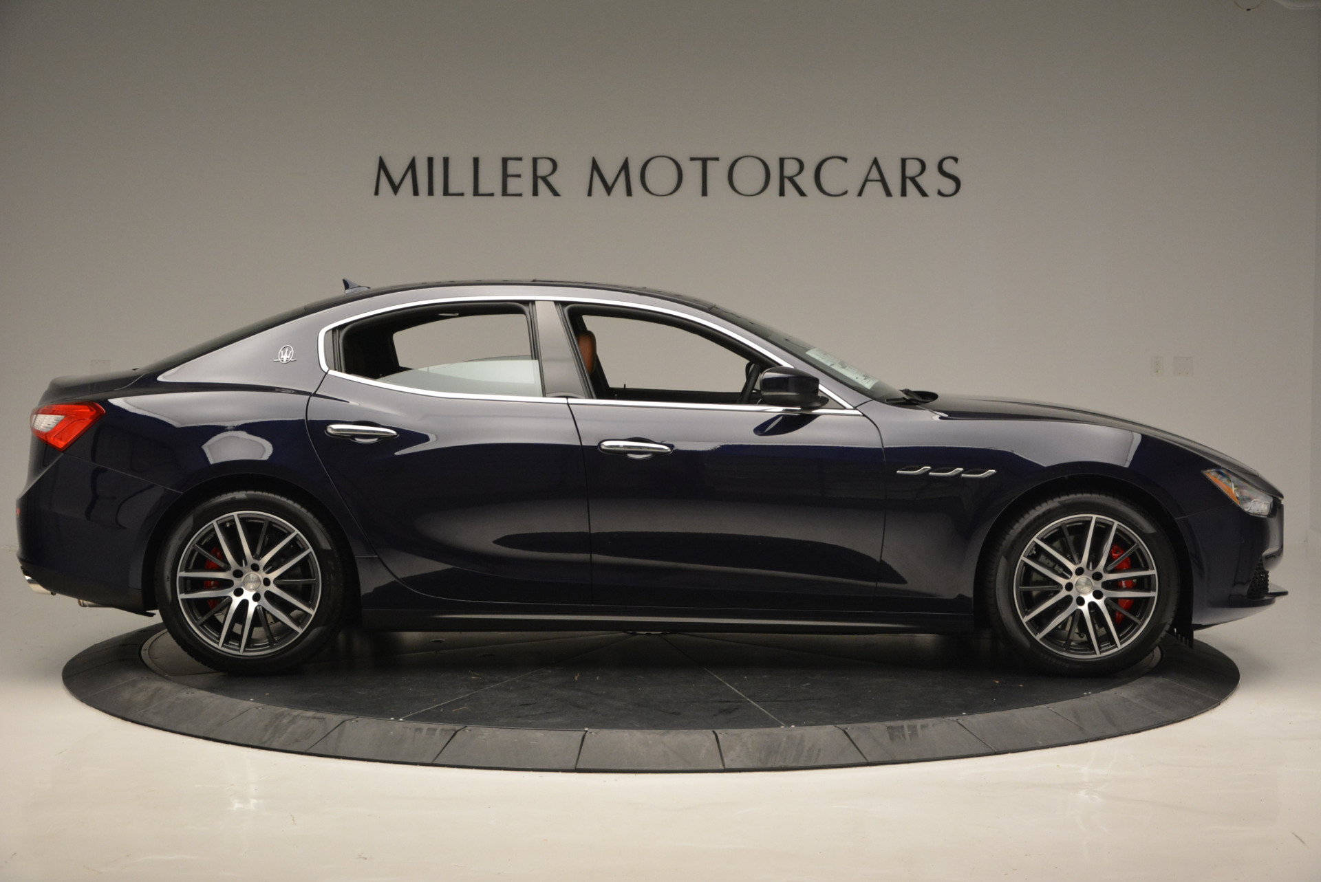 Used 2017 Maserati Ghibli S Q4 - EX Loaner For Sale In Greenwich, CT 567_p9