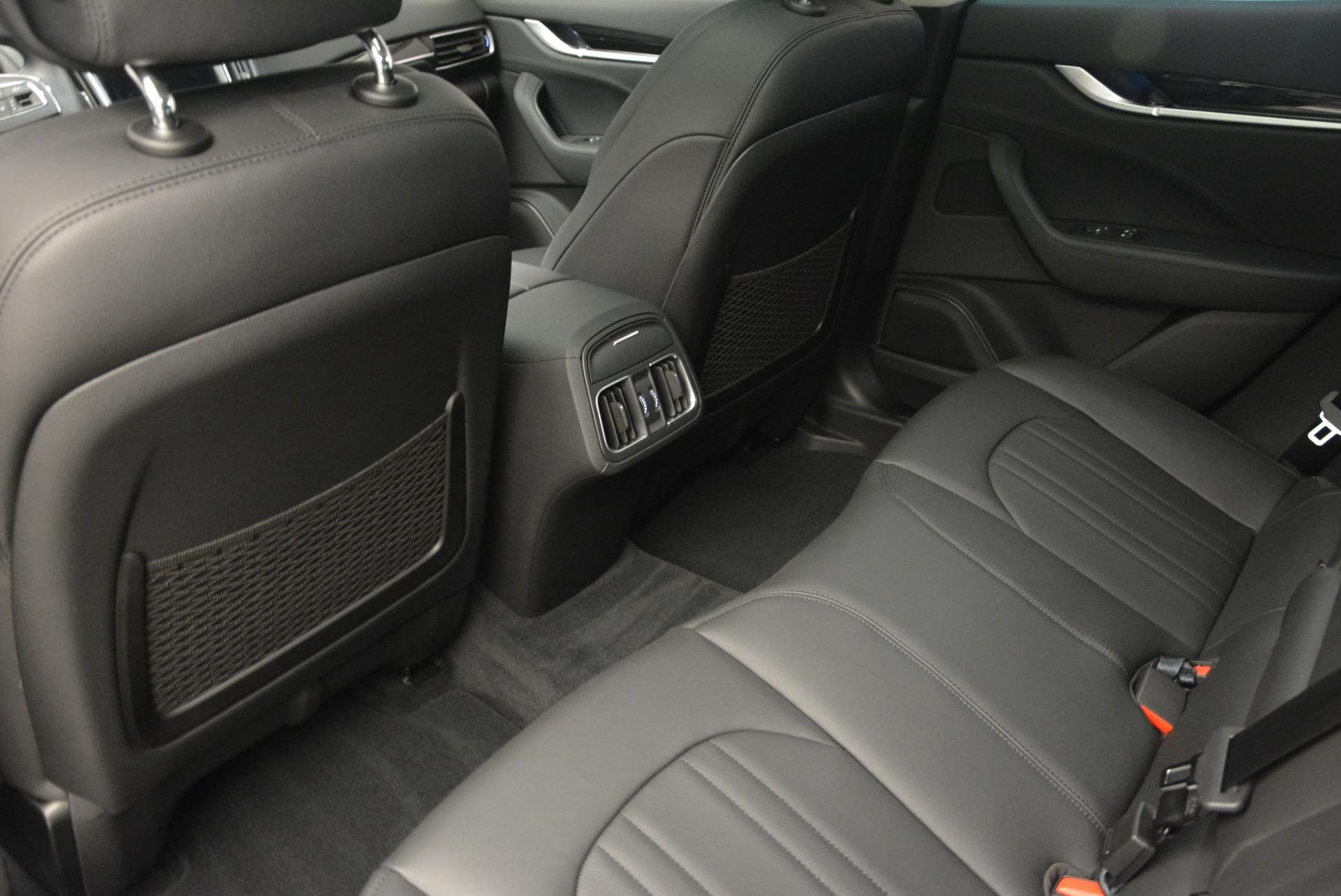 New 2017 Maserati Levante 350hp For Sale In Greenwich, CT 582_p16