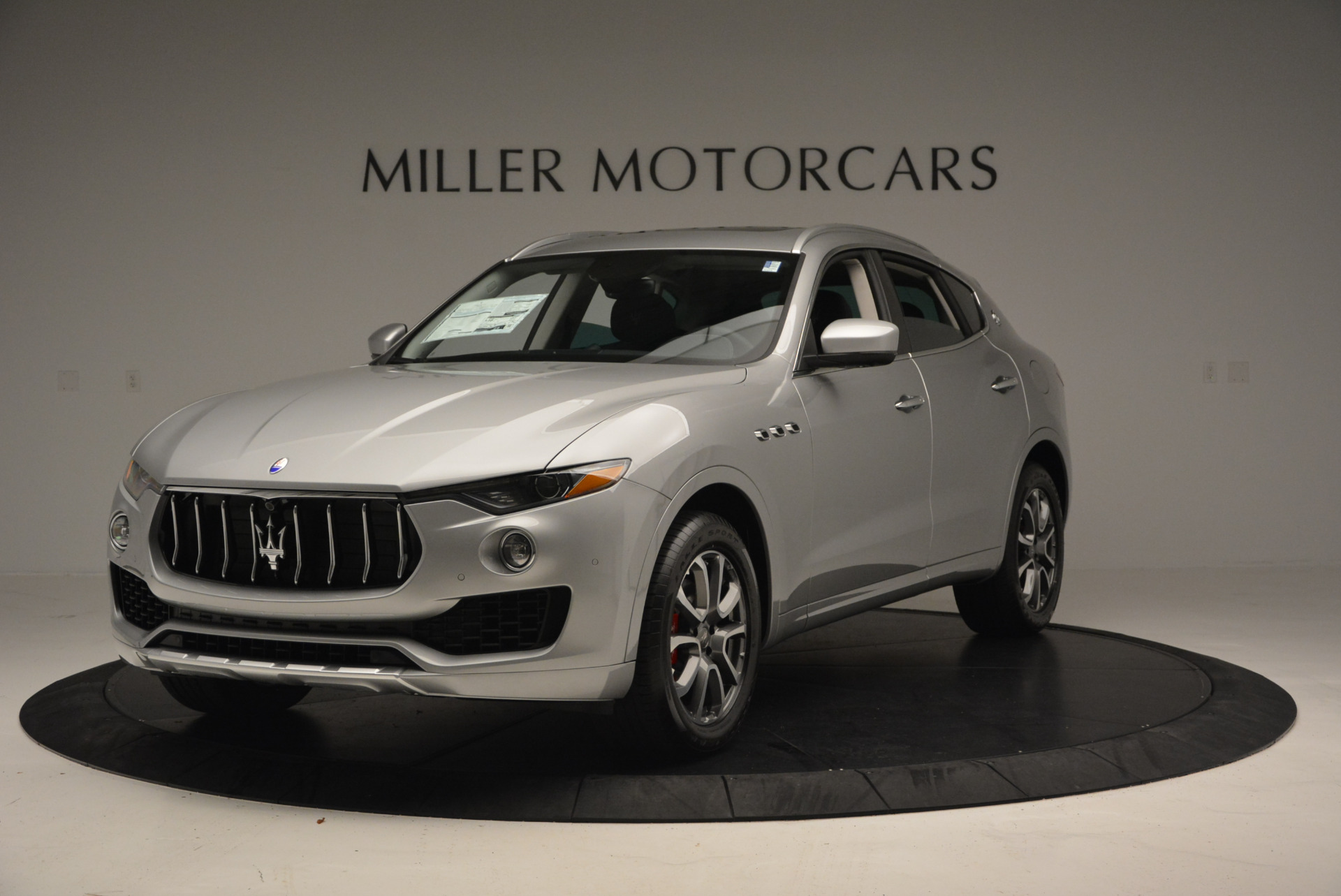 New 2017 Maserati Levante 350hp For Sale In Greenwich, CT 584_main