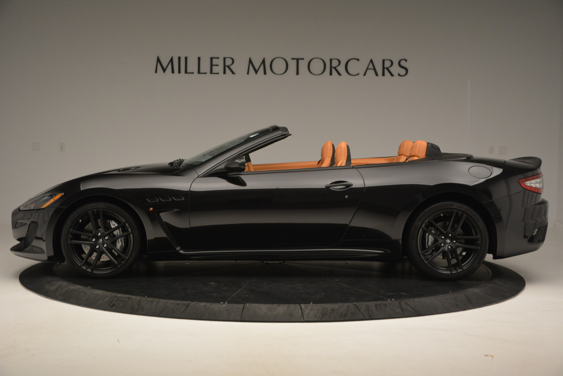 New 2017 Maserati GranTurismo MC CONVERTIBLE For Sale In Greenwich, CT 596_p3