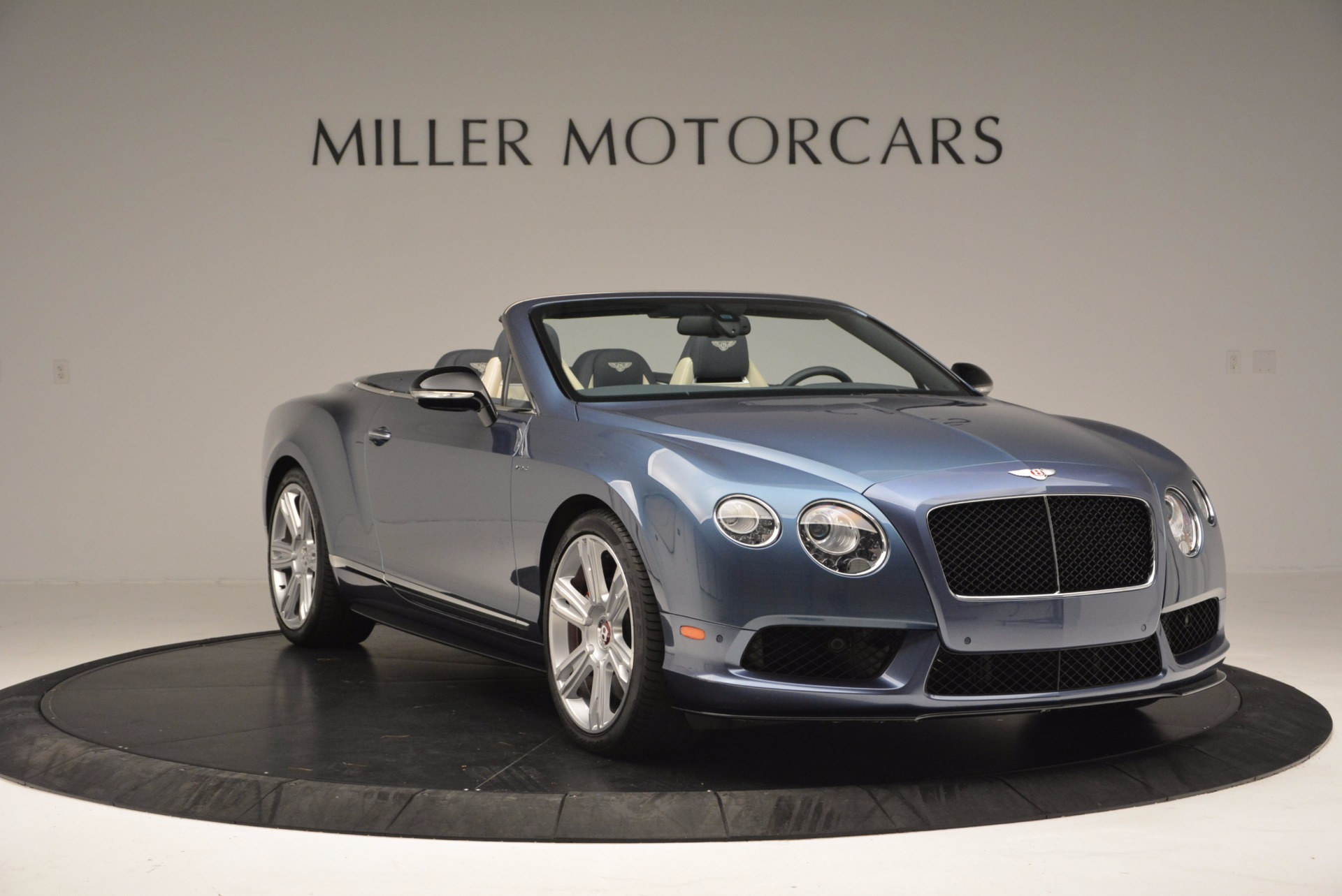 Used 2014 Bentley Continental GT V8 S Convertible  For Sale In Greenwich, CT 600_p11