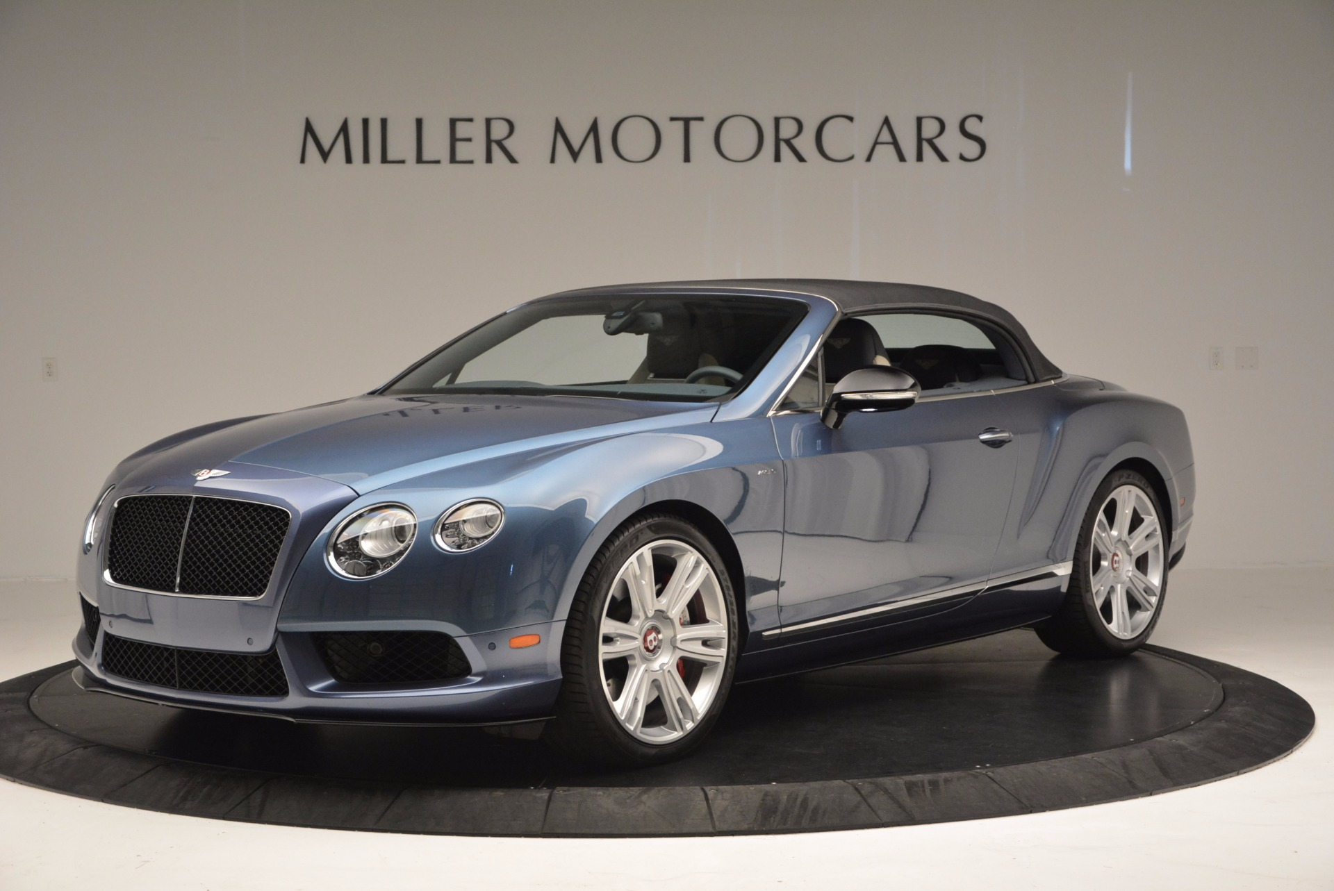 Used 2014 Bentley Continental GT V8 S Convertible  For Sale In Greenwich, CT 600_p14