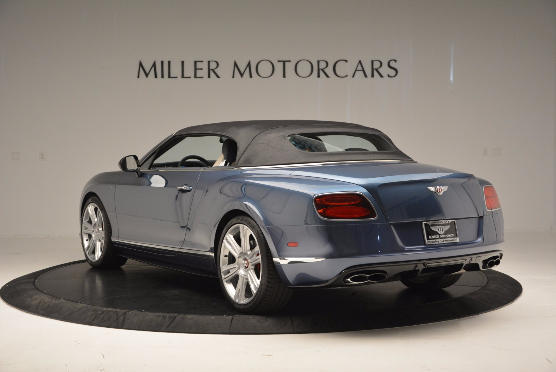 Used 2014 Bentley Continental GT V8 S Convertible  For Sale In Greenwich, CT 600_p16