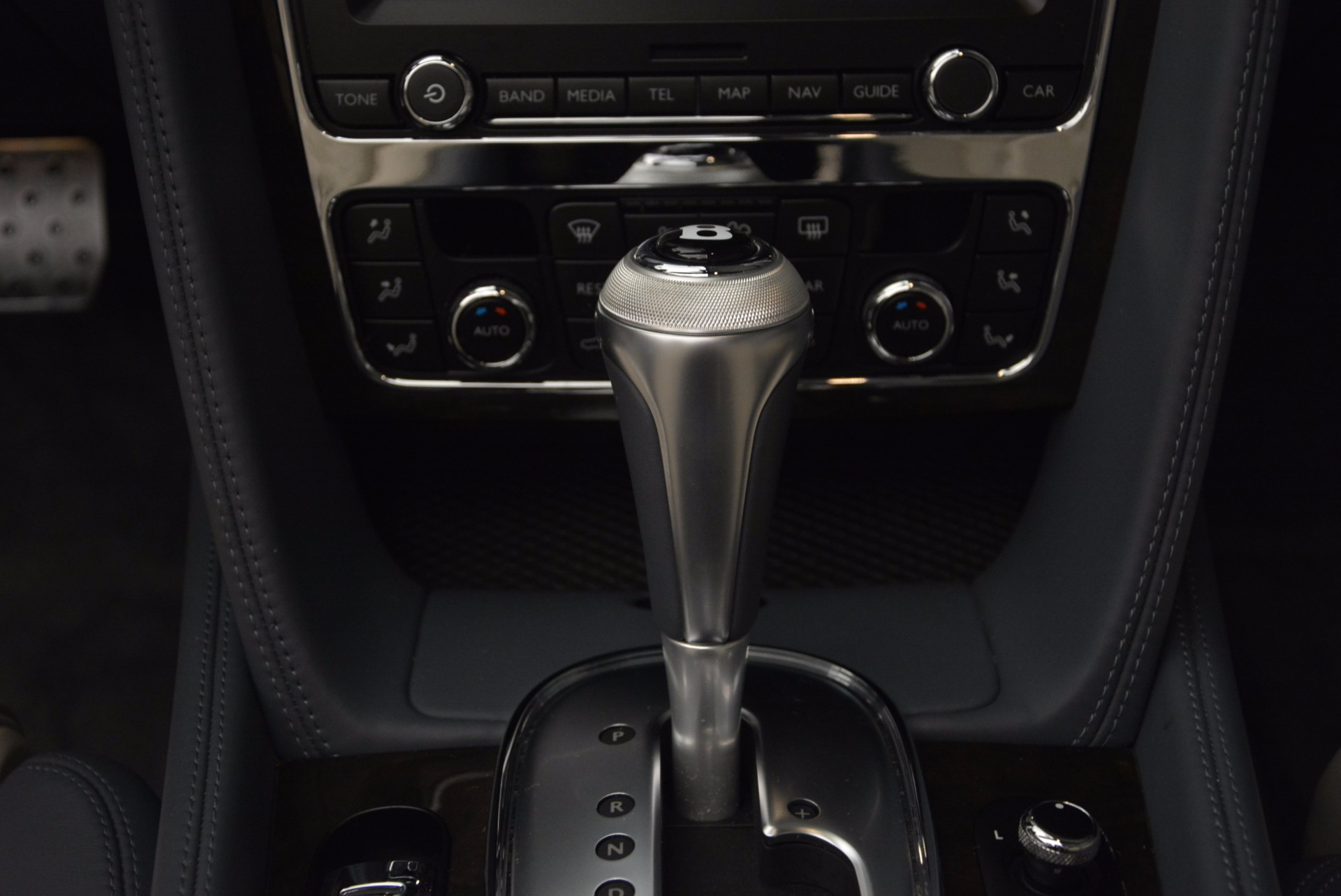 Used 2014 Bentley Continental GT V8 S Convertible  For Sale In Greenwich, CT 600_p40