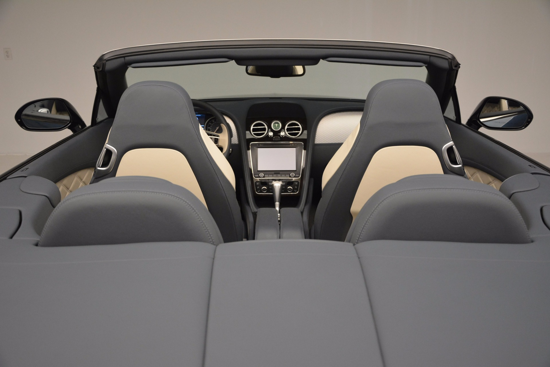 Used 2014 Bentley Continental GT V8 S Convertible  For Sale In Greenwich, CT 600_p42