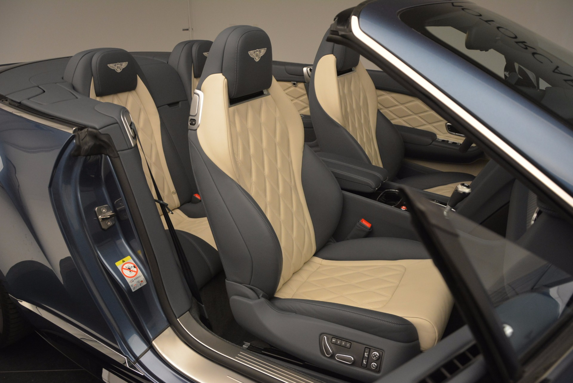 Used 2014 Bentley Continental GT V8 S Convertible  For Sale In Greenwich, CT 600_p46