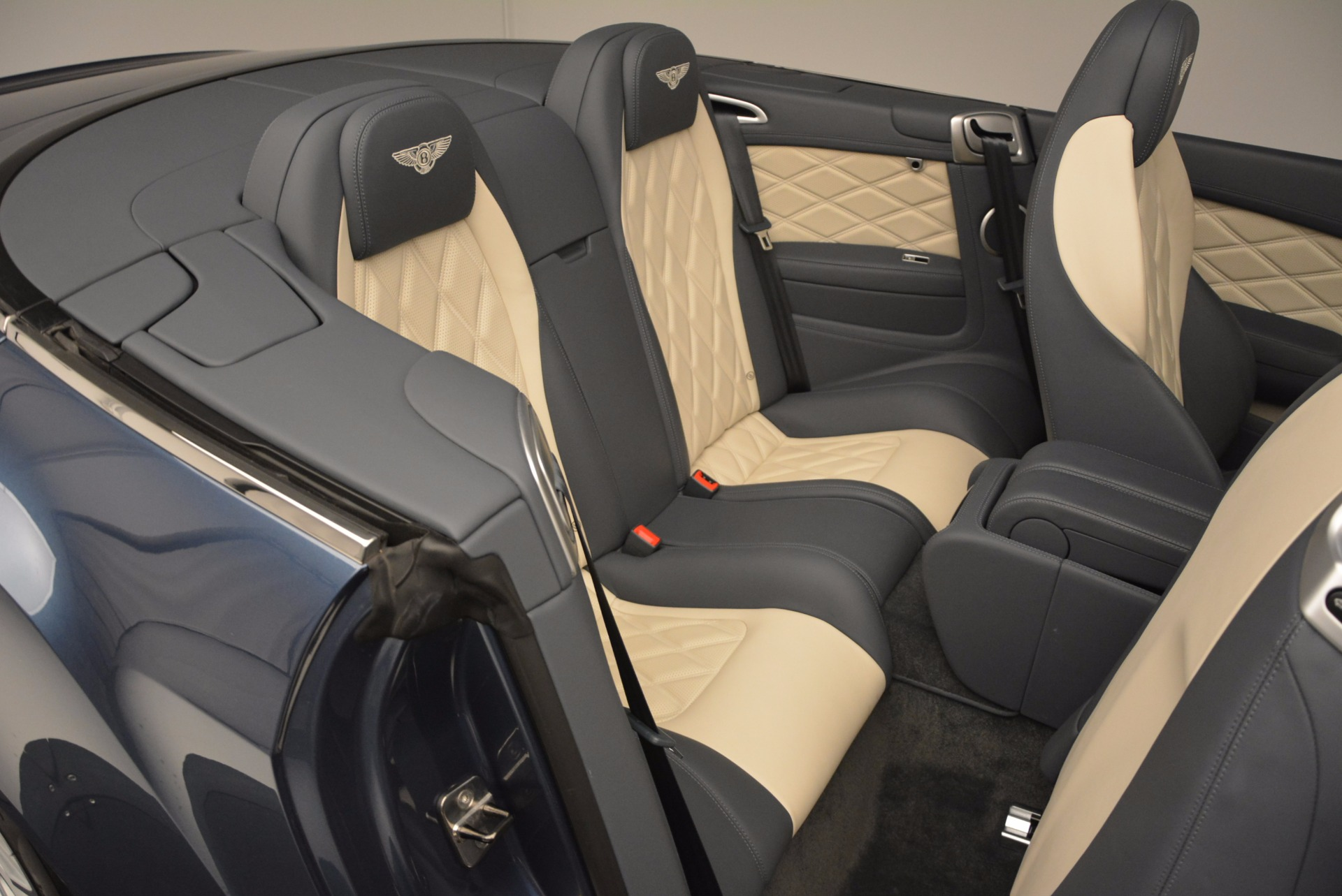 Used 2014 Bentley Continental GT V8 S Convertible  For Sale In Greenwich, CT 600_p47