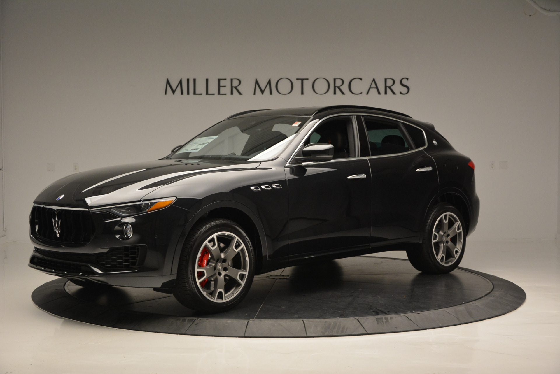 New 2017 Maserati Levante  For Sale In Greenwich, CT 609_p2