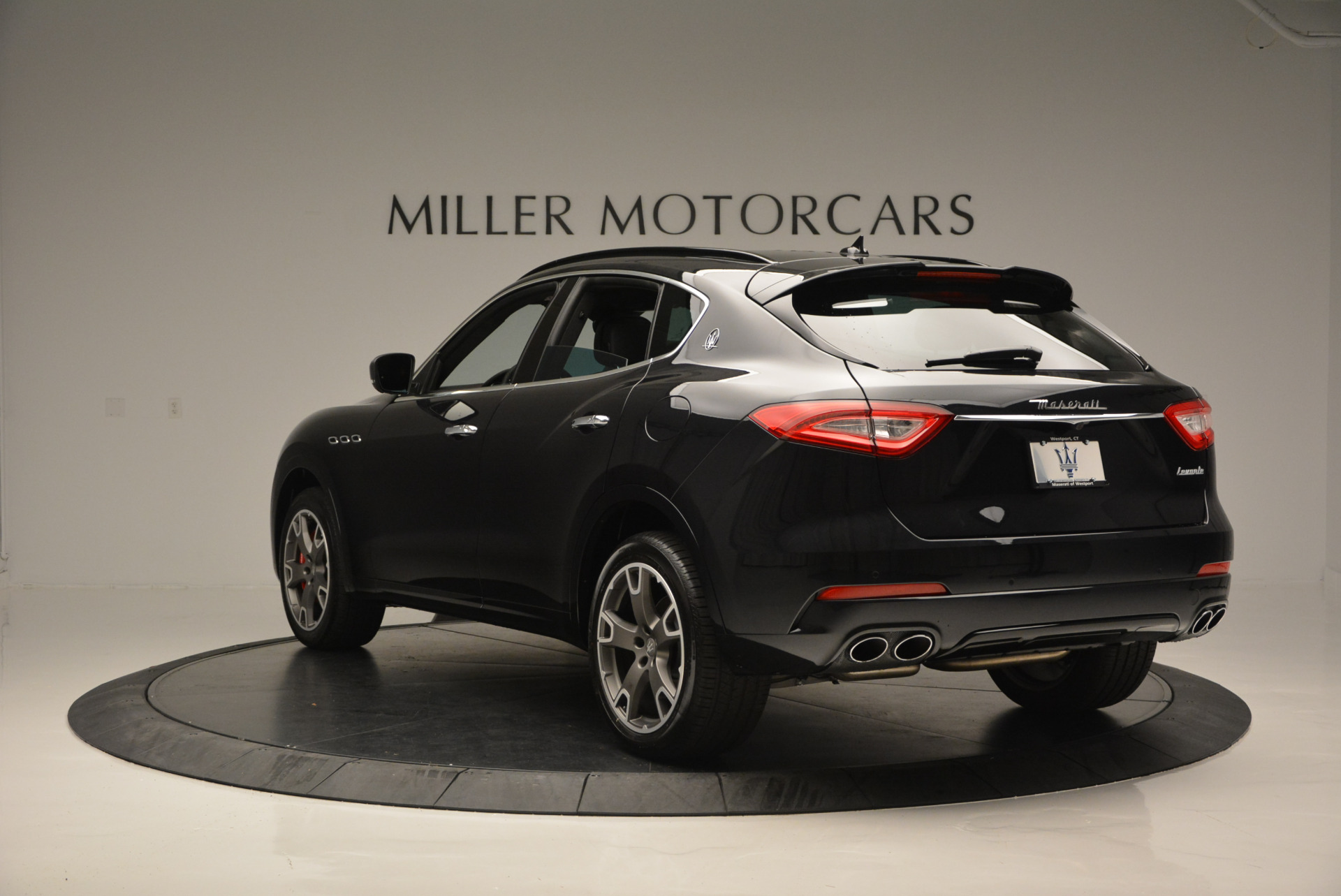 New 2017 Maserati Levante  For Sale In Greenwich, CT 609_p5