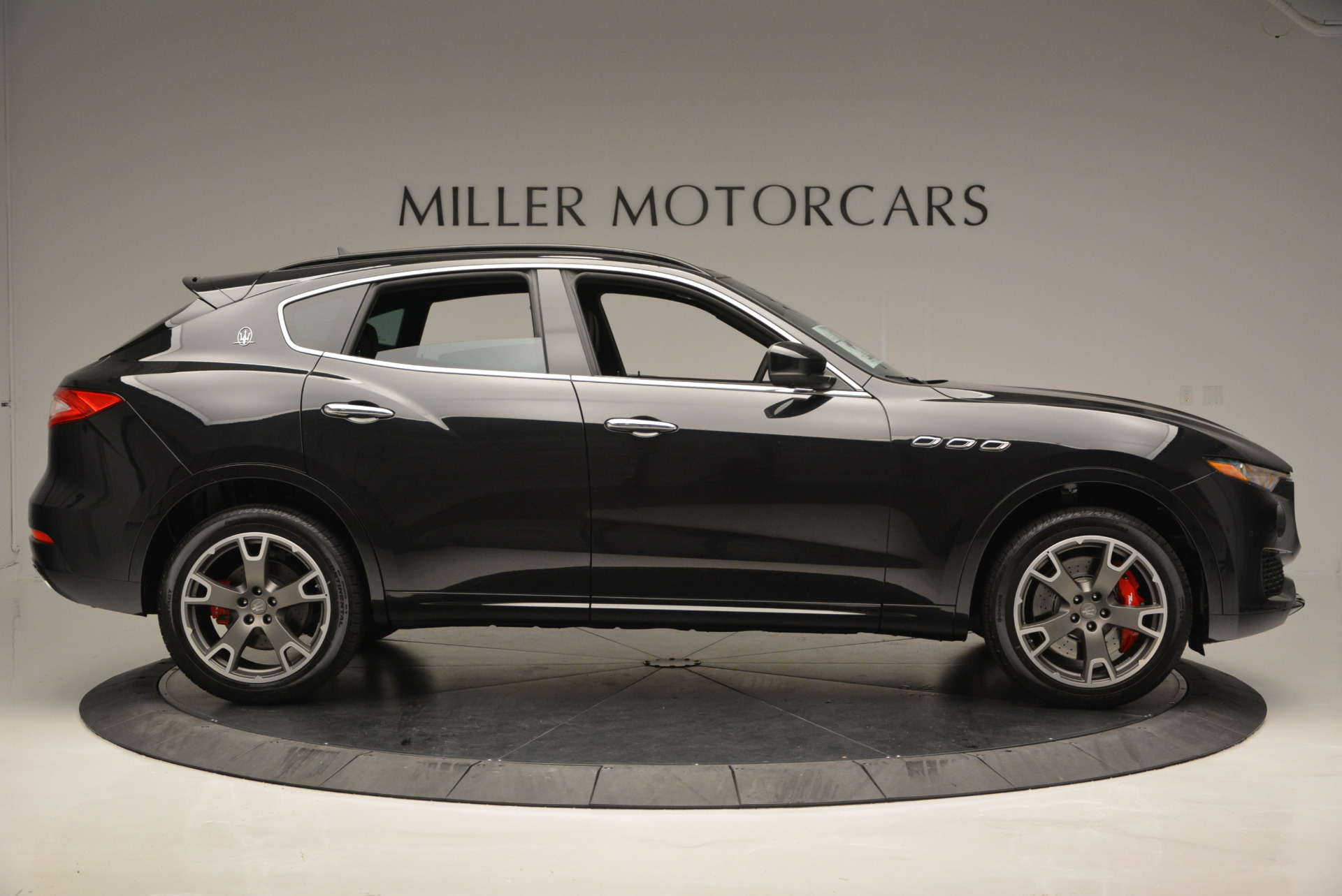 New 2017 Maserati Levante  For Sale In Greenwich, CT 609_p9