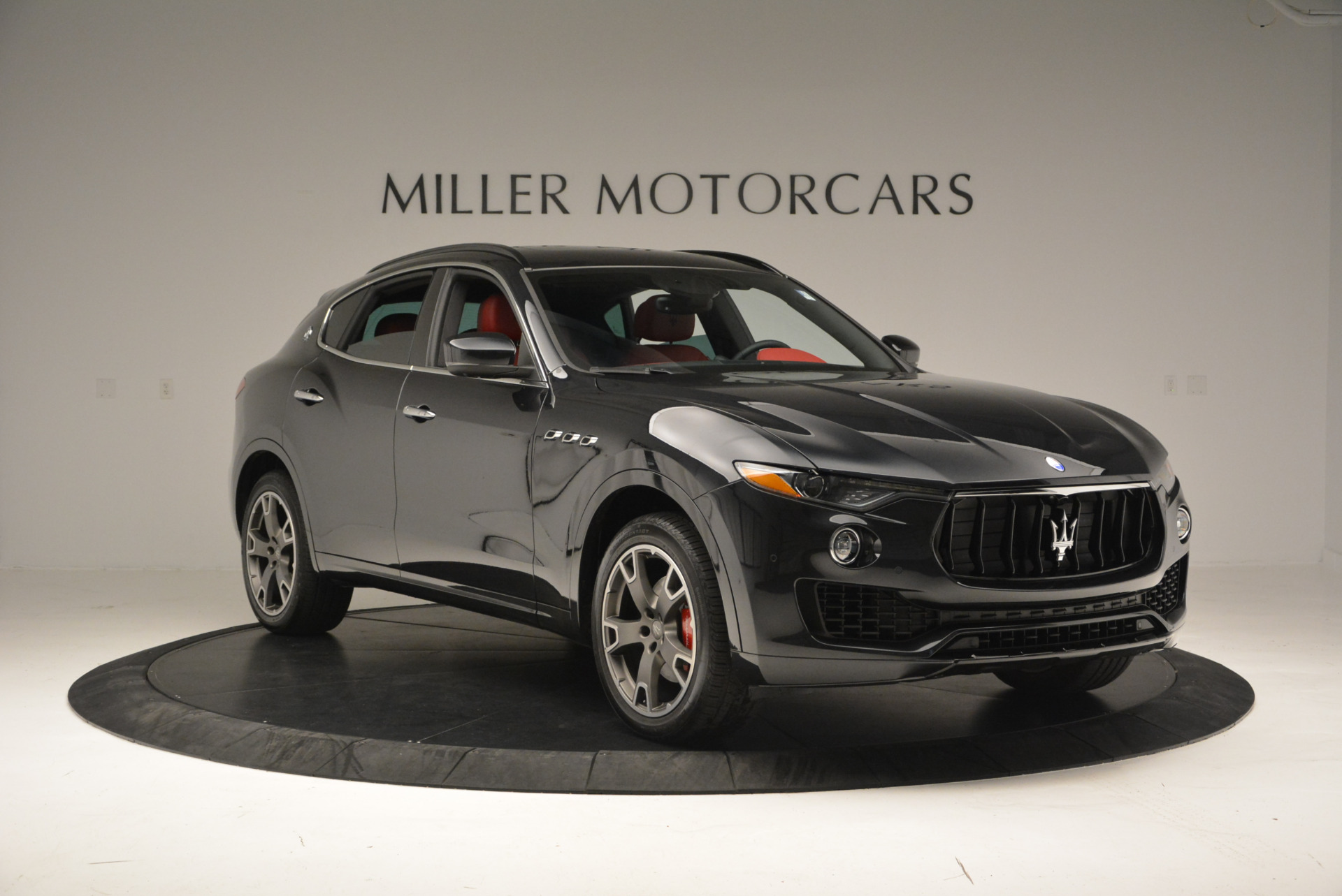 New 2017 Maserati Levante  For Sale In Greenwich, CT 613_p11