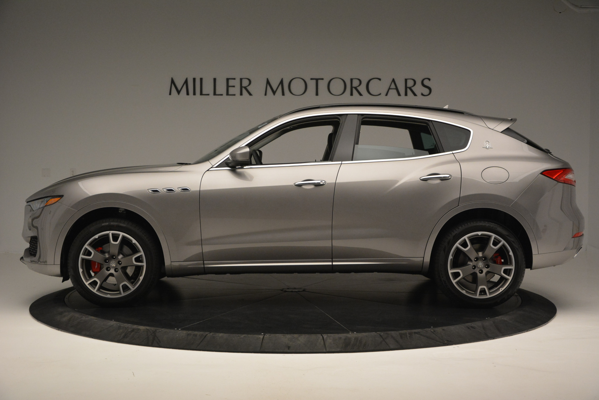 New 2017 Maserati Levante  For Sale In Greenwich, CT 615_p3
