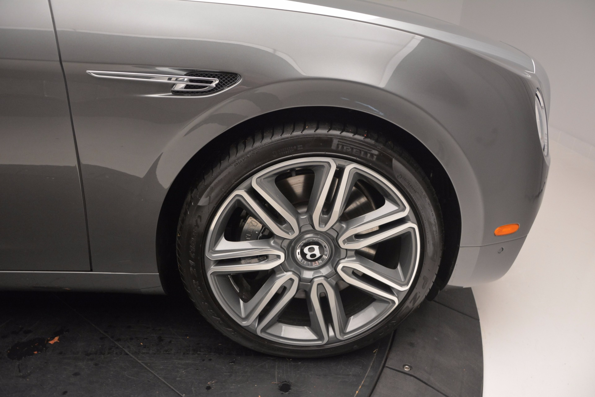 Used 2016 Bentley Flying Spur W12  For Sale In Greenwich, CT 617_p13