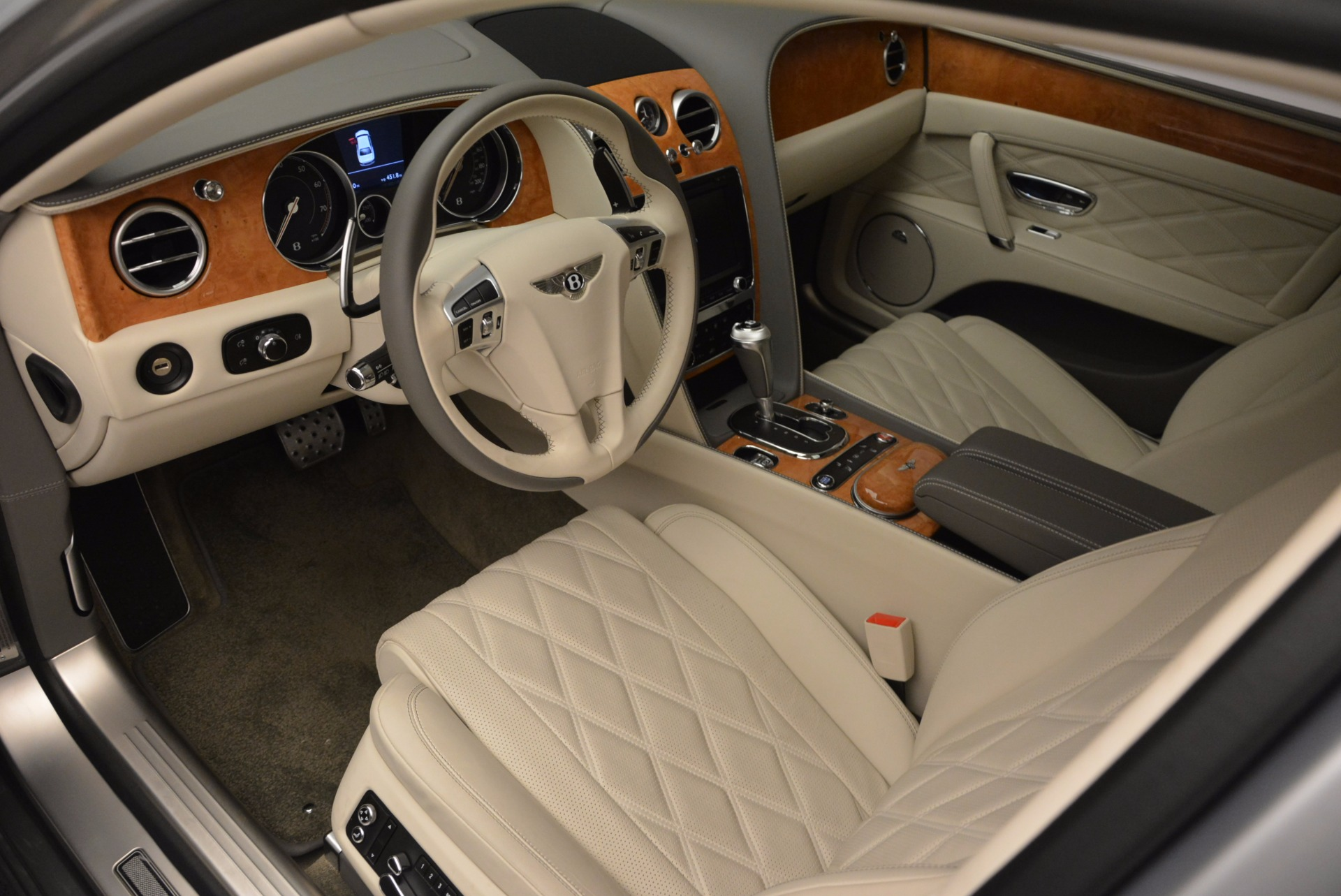 Used 2016 Bentley Flying Spur W12  For Sale In Greenwich, CT 617_p14