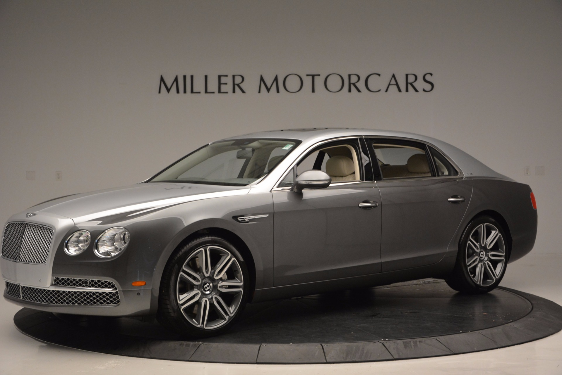 Used 2016 Bentley Flying Spur W12  For Sale In Greenwich, CT 617_p2