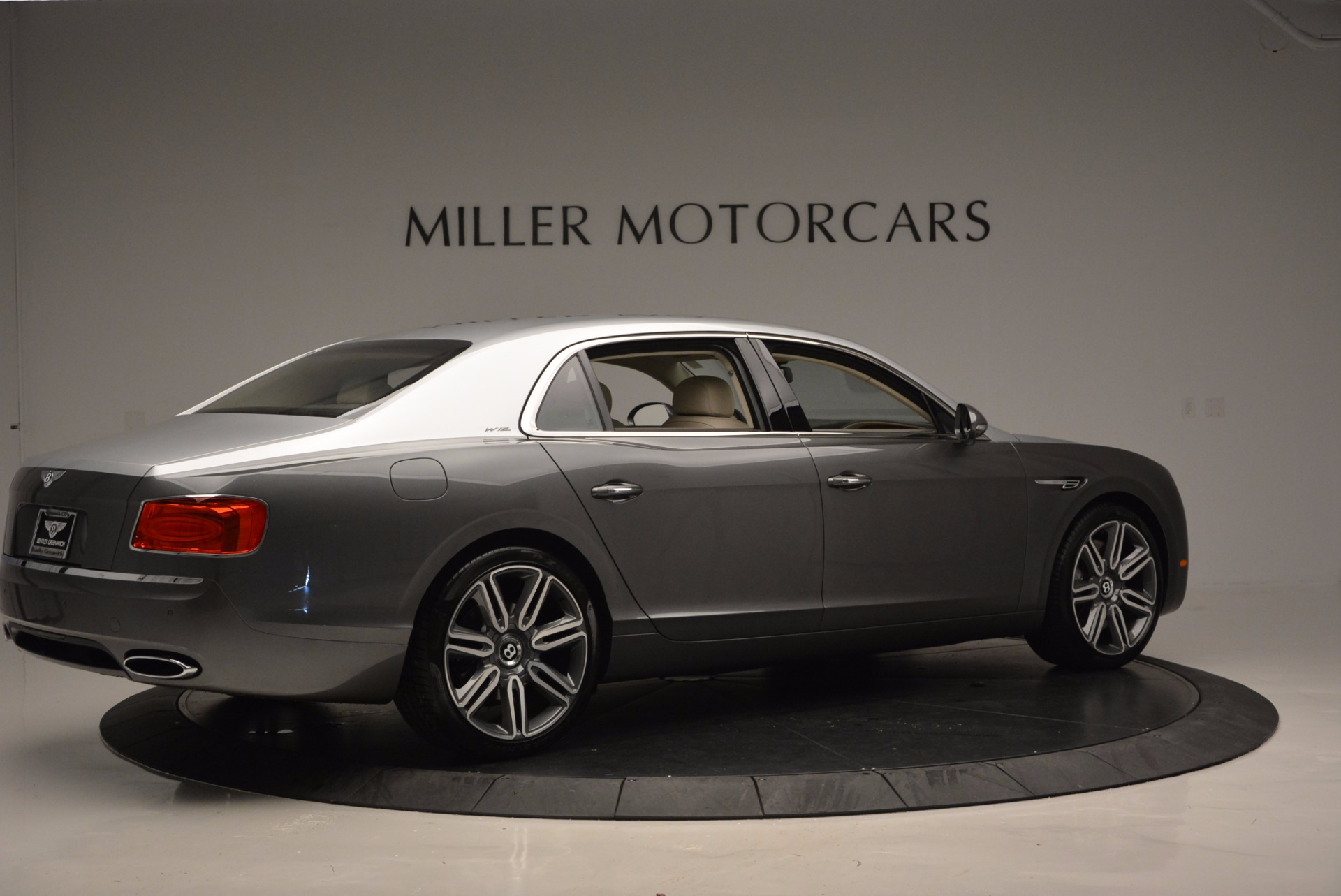 Used 2016 Bentley Flying Spur W12  For Sale In Greenwich, CT 617_p8