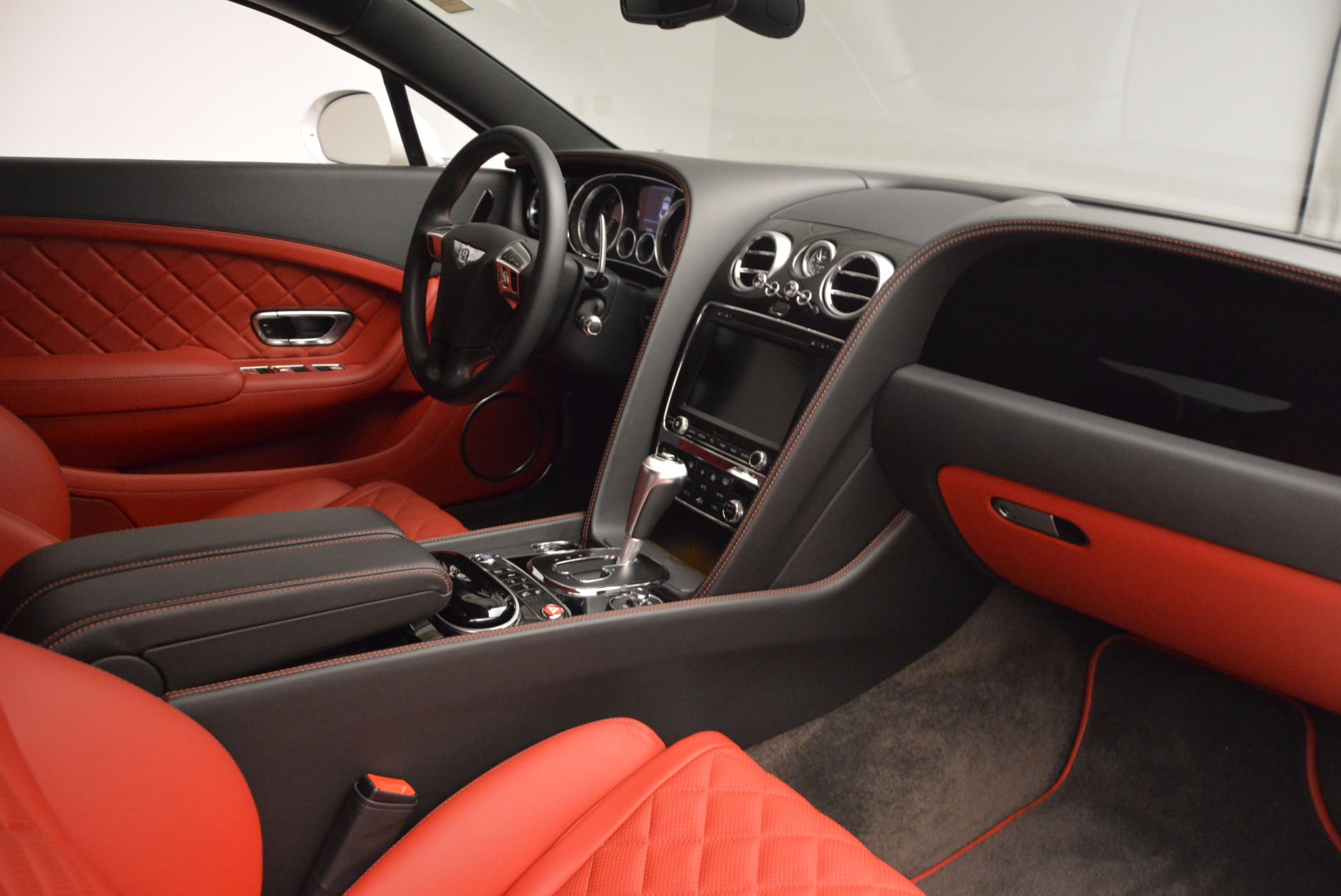 Used 2016 Bentley Continental GT  For Sale In Greenwich, CT 618_p20
