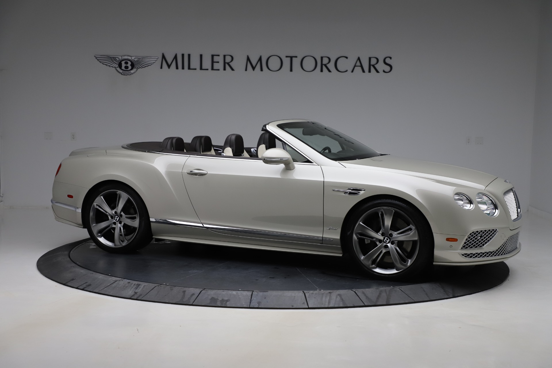 Used 2016 Bentley Continental GT Speed Convertible  For Sale In Greenwich, CT 619_p11