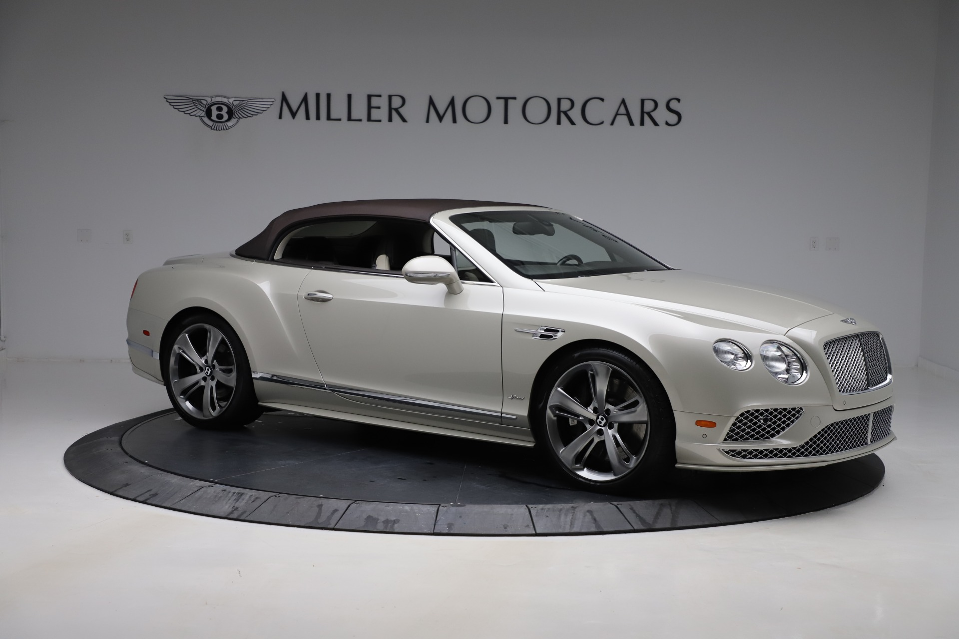 Used 2016 Bentley Continental GT Speed Convertible  For Sale In Greenwich, CT 619_p20