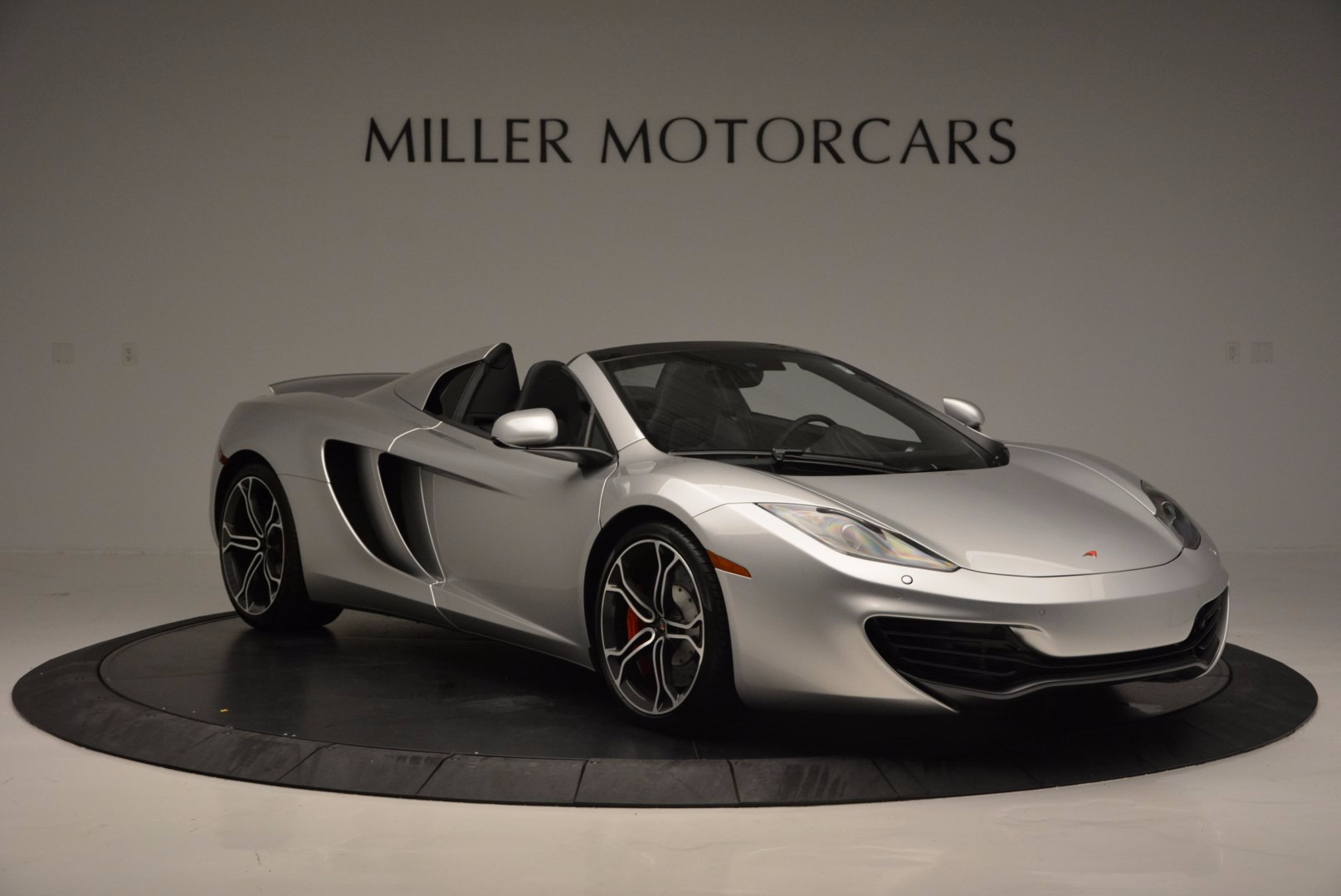 Used 2014 McLaren MP4-12C Spider  For Sale In Greenwich, CT 627_p10