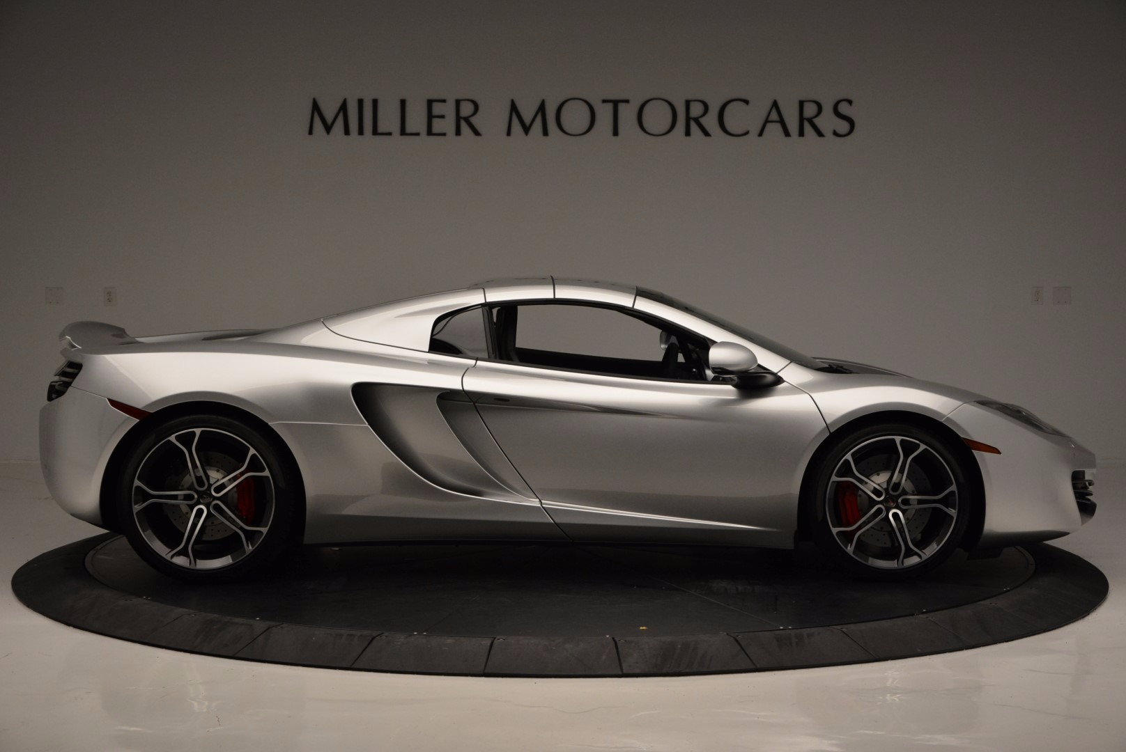 Used 2014 McLaren MP4-12C Spider  For Sale In Greenwich, CT 627_p20