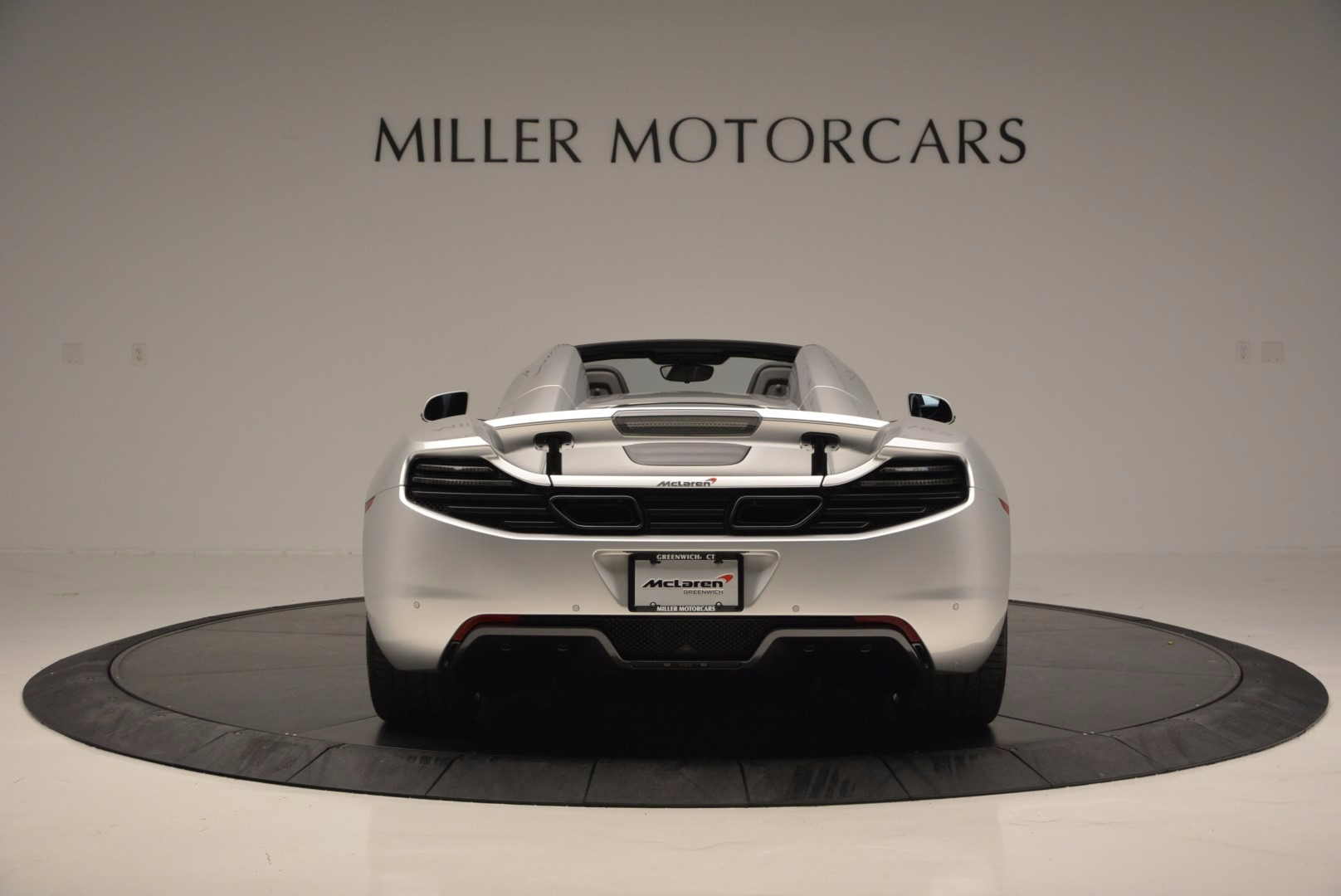 Used 2014 McLaren MP4-12C Spider  For Sale In Greenwich, CT 627_p6
