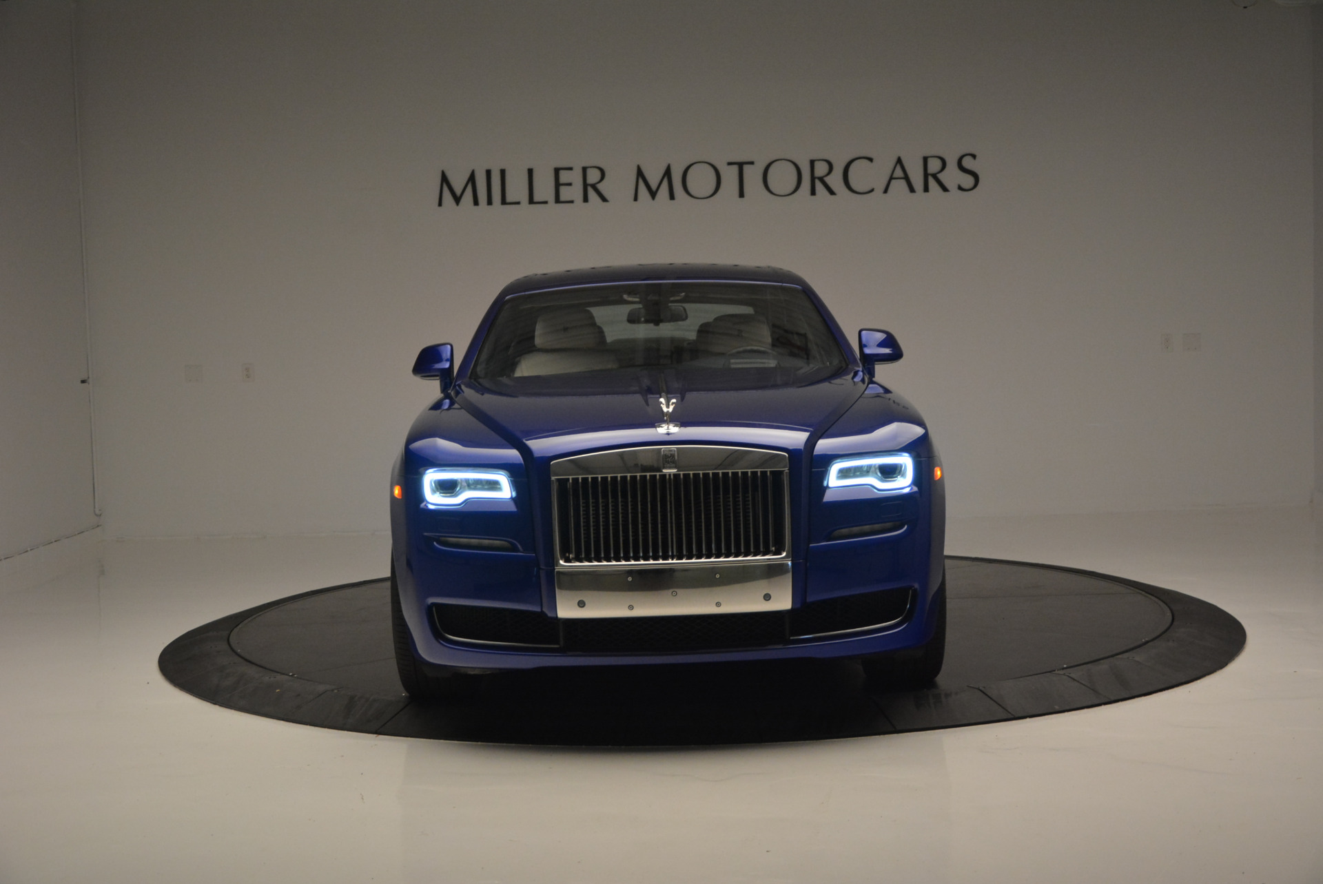 Used 2016 ROLLS-ROYCE GHOST SERIES II  For Sale In Greenwich, CT 634_p14