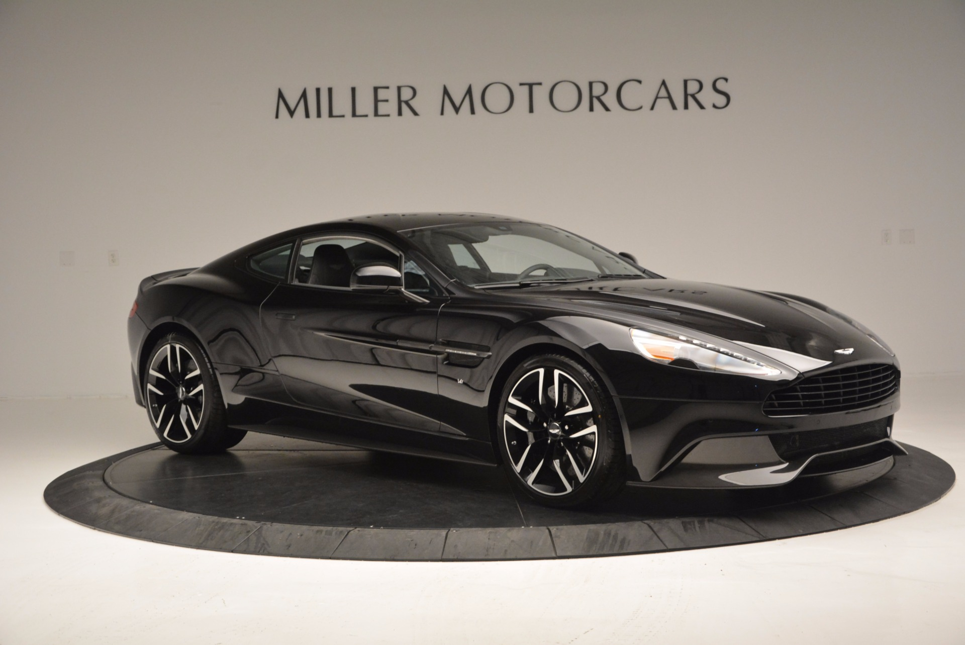 Used 2017 Aston Martin Vanquish Coupe For Sale In Greenwich, CT 638_p10