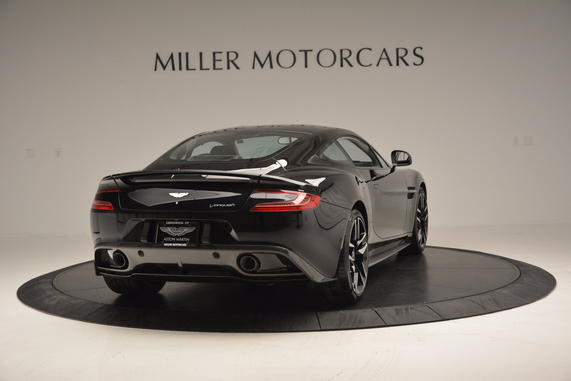 Used 2017 Aston Martin Vanquish Coupe For Sale In Greenwich, CT 638_p7