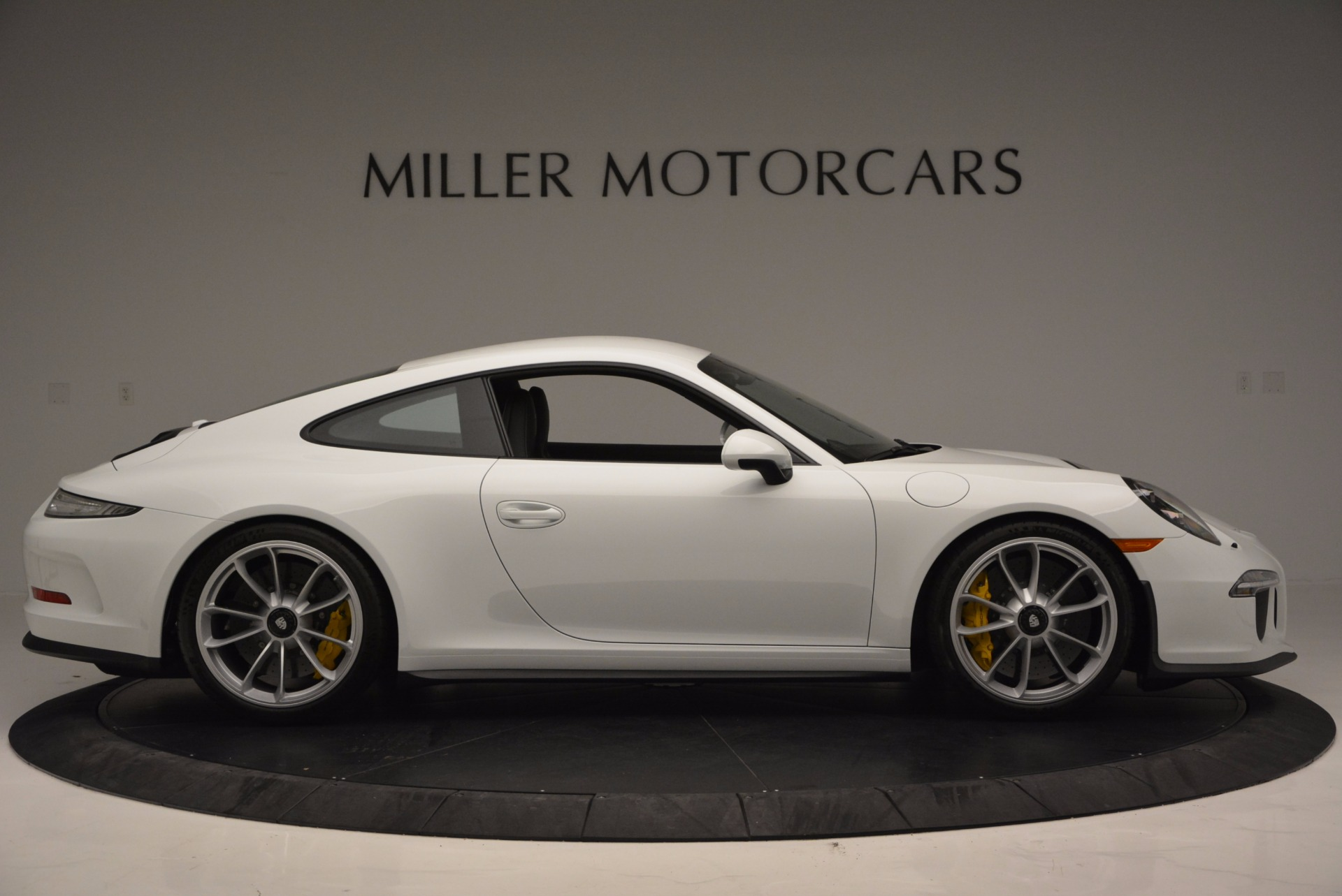 Used 2016 Porsche 911 R  For Sale In Greenwich, CT 643_p10