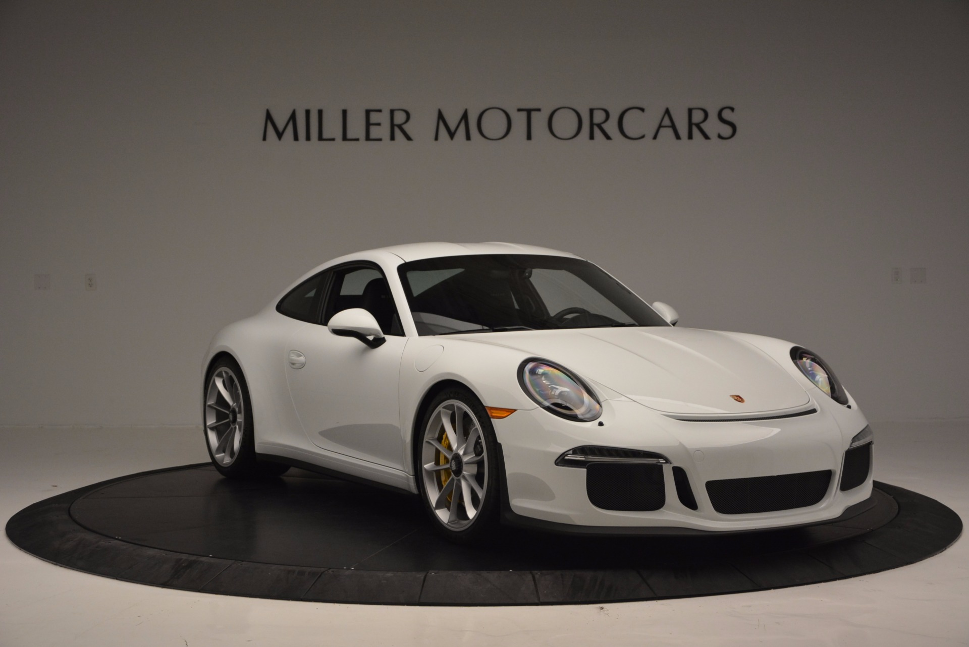 Used 2016 Porsche 911 R  For Sale In Greenwich, CT 643_p12