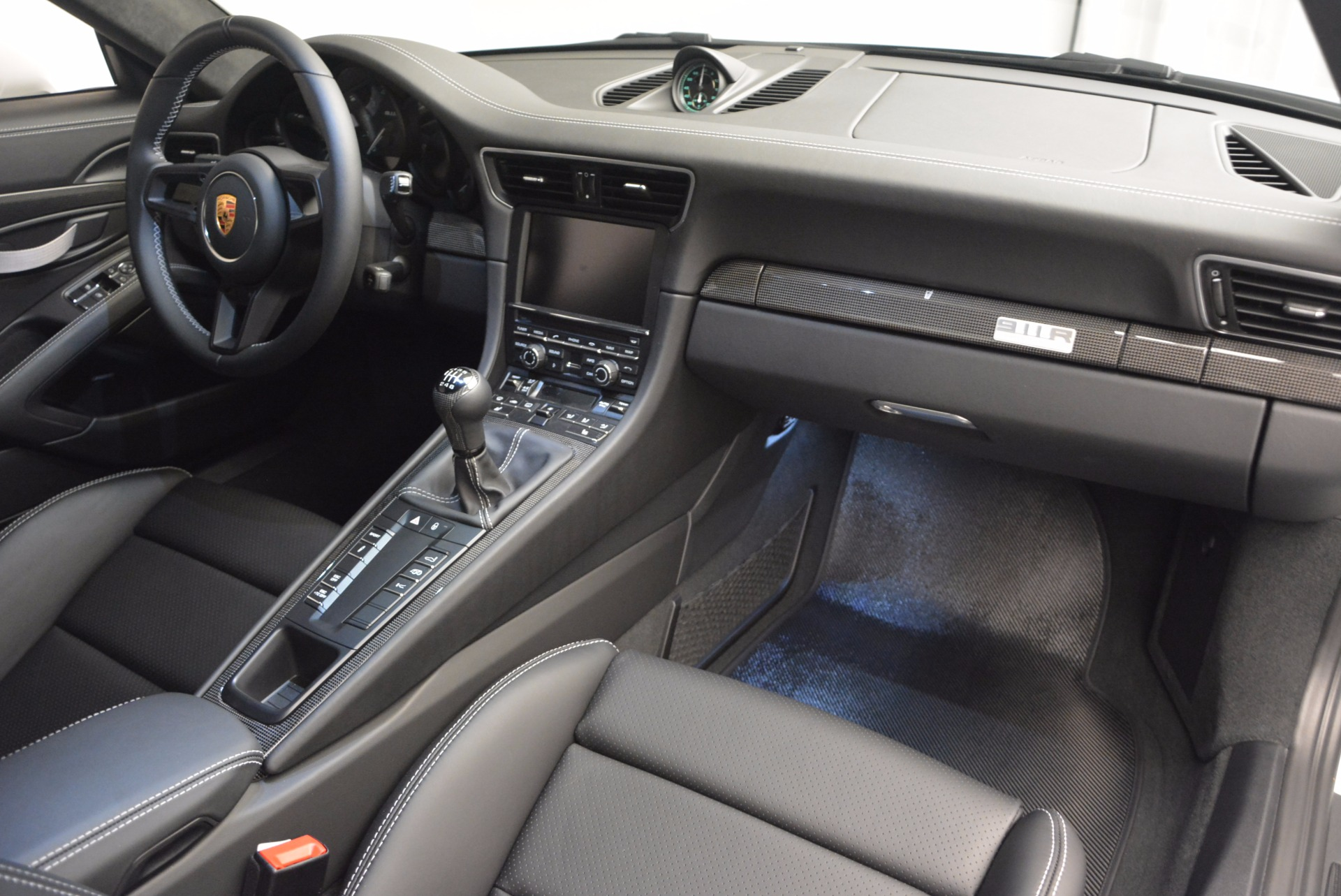 Used 2016 Porsche 911 R  For Sale In Greenwich, CT 643_p18