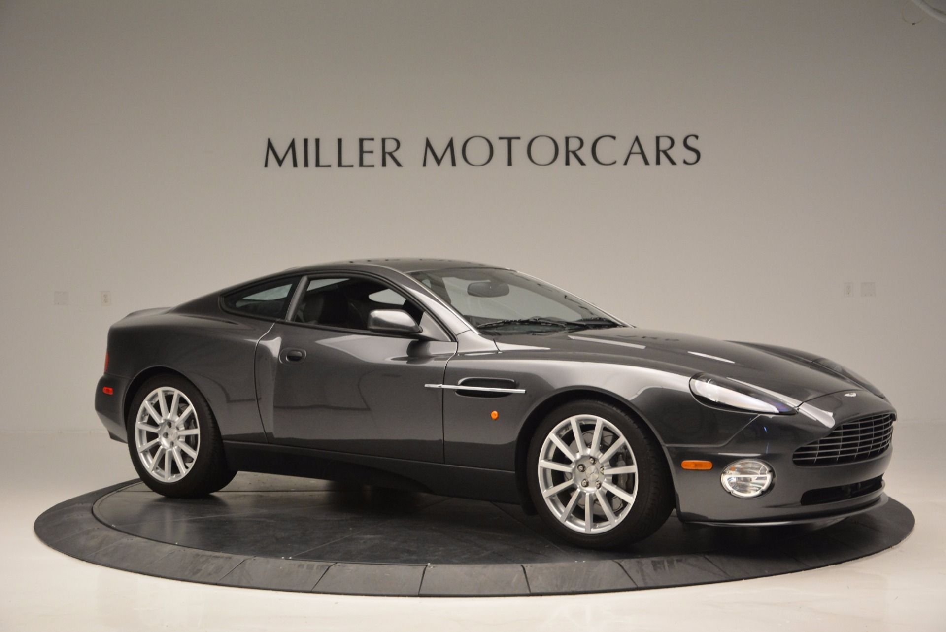 Used 2005 Aston Martin V12 Vanquish S For Sale In Greenwich, CT 645_p10