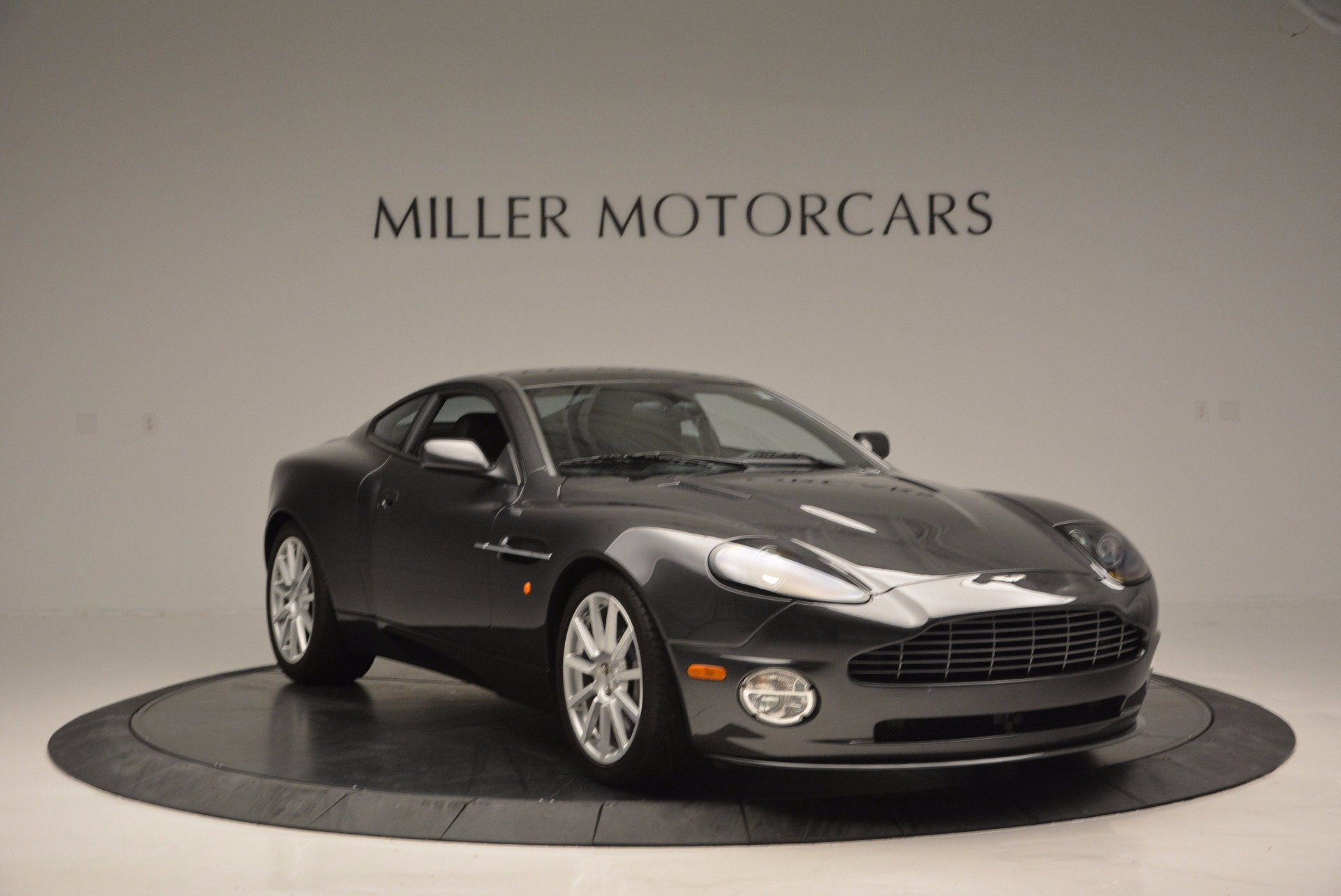 Used 2005 Aston Martin V12 Vanquish S For Sale In Greenwich, CT 645_p11