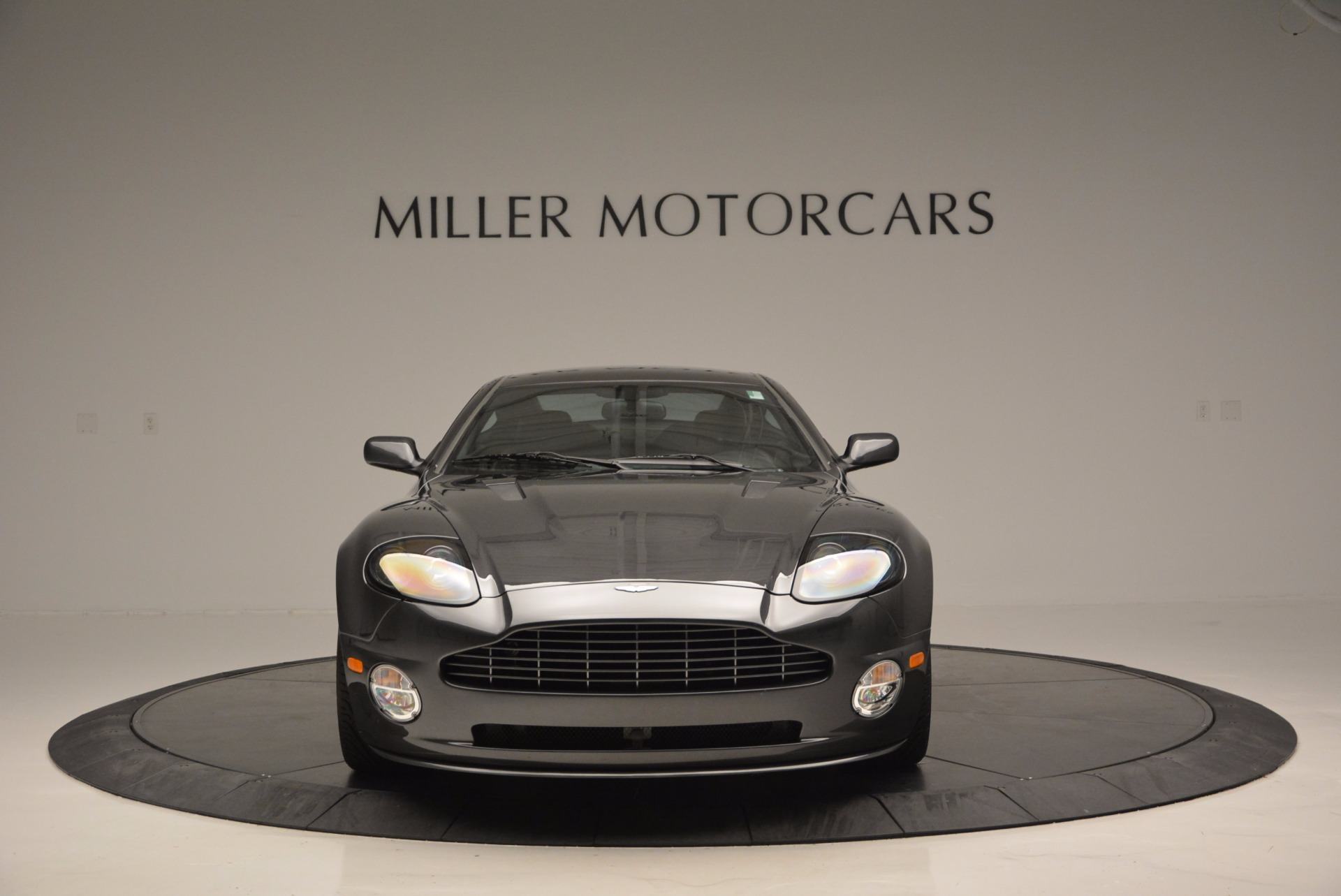 Used 2005 Aston Martin V12 Vanquish S For Sale In Greenwich, CT 645_p12
