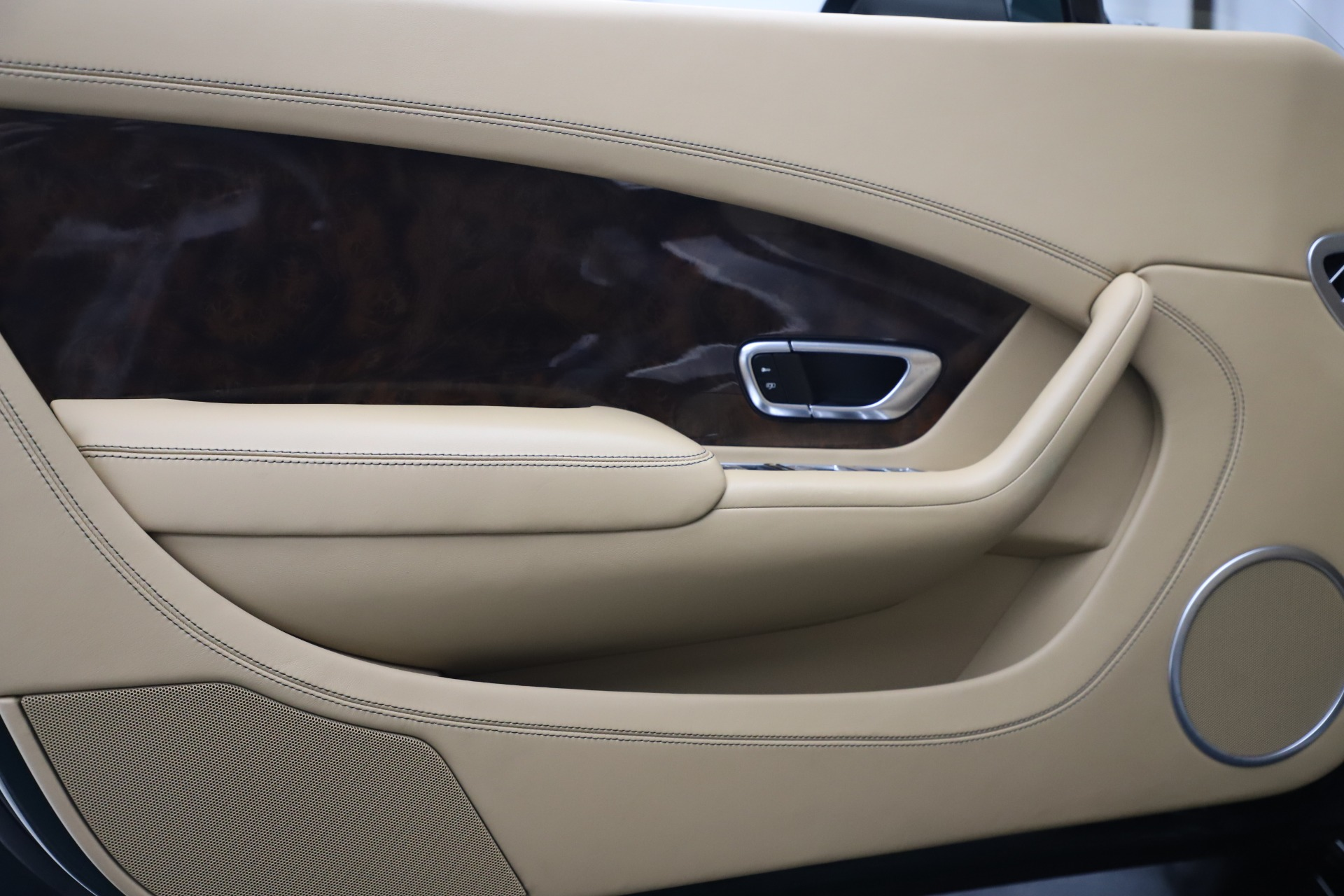 New 2017 Bentley Continental GT V8 S For Sale In Greenwich, CT 647_p24