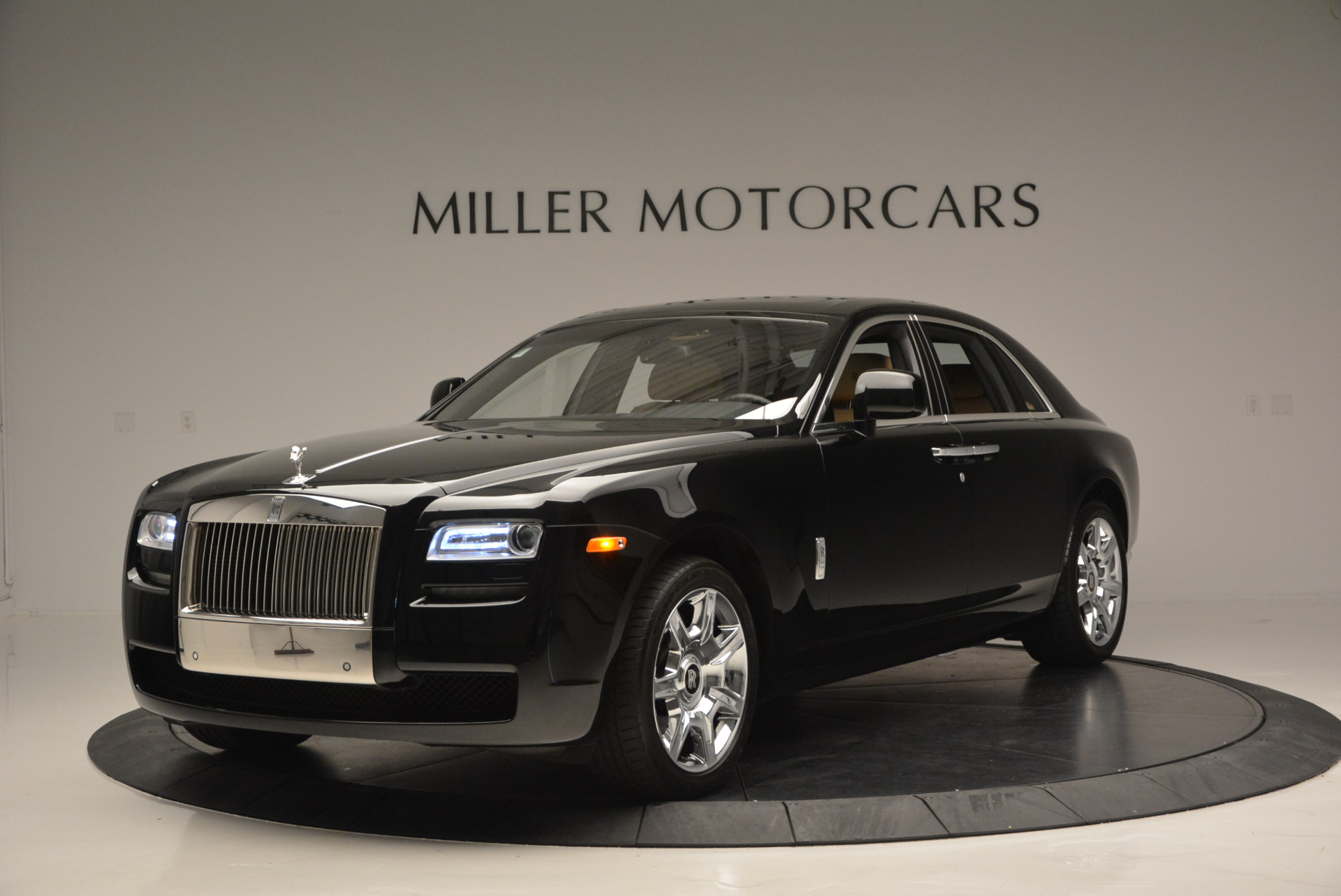 Used 2011 Rolls-Royce Ghost  For Sale In Greenwich, CT 648_p2