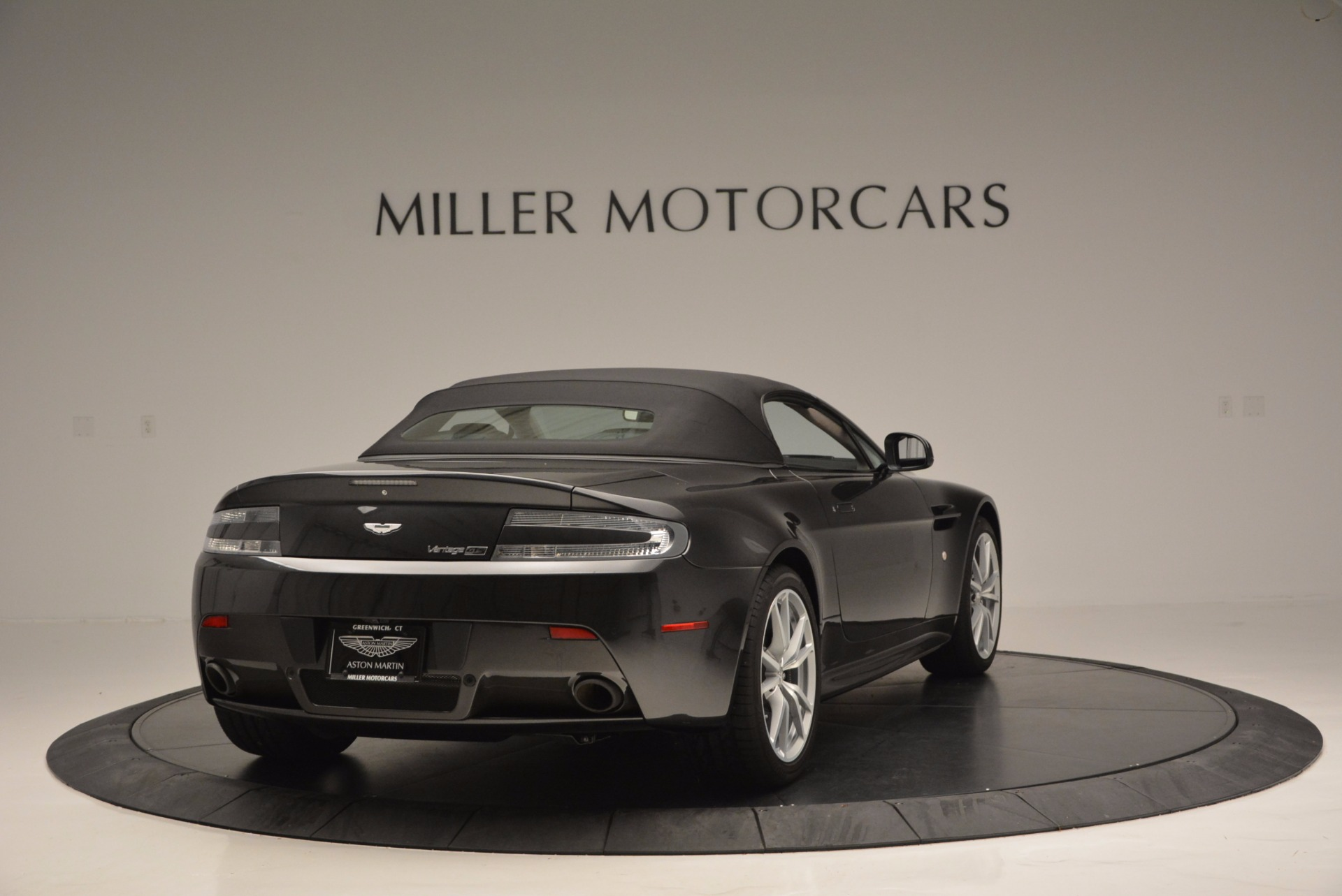 Used 2016 Aston Martin V8 Vantage S Roadster For Sale In Greenwich, CT 652_p19