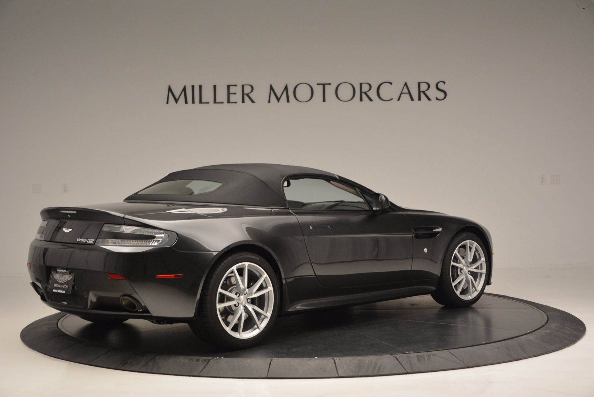 Used 2016 Aston Martin V8 Vantage S Roadster For Sale In Greenwich, CT 652_p20