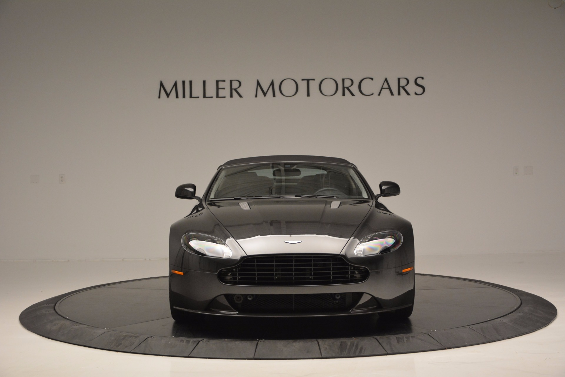 Used 2016 Aston Martin V8 Vantage S Roadster For Sale In Greenwich, CT 652_p24
