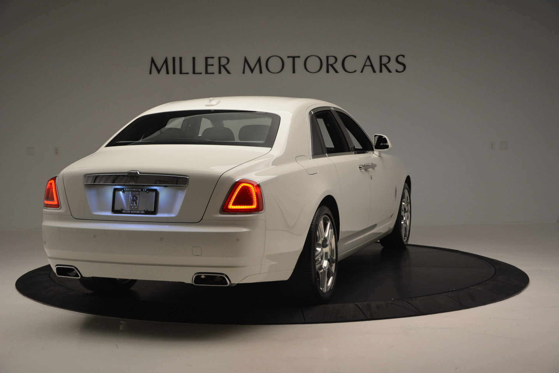 Used 2016 Rolls-Royce Ghost Series II  For Sale In Greenwich, CT 653_p8